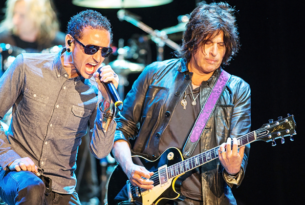 Stone Temple Pilots Finalize EP With Chester Bennington