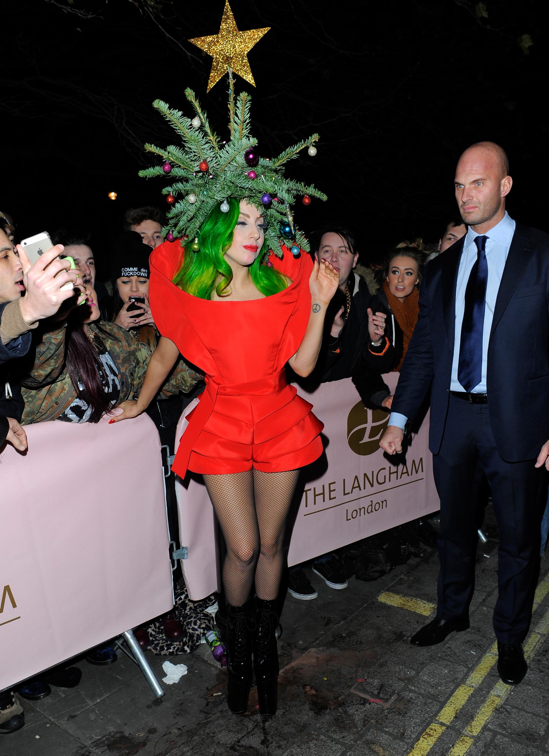 Sans Pants: A Recent History of Lady Gaga\'s Bottomless Resurrection ...