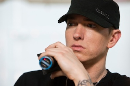 Eminem Finally Apologizes To Mom On Headlights Rolling