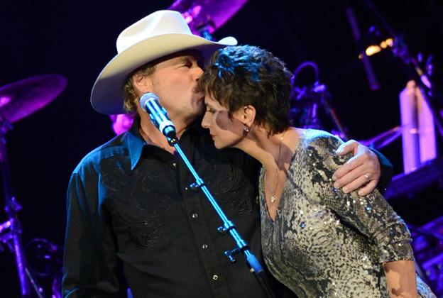 Stars Honor George Jones at Massive Nashville Tribute Concert