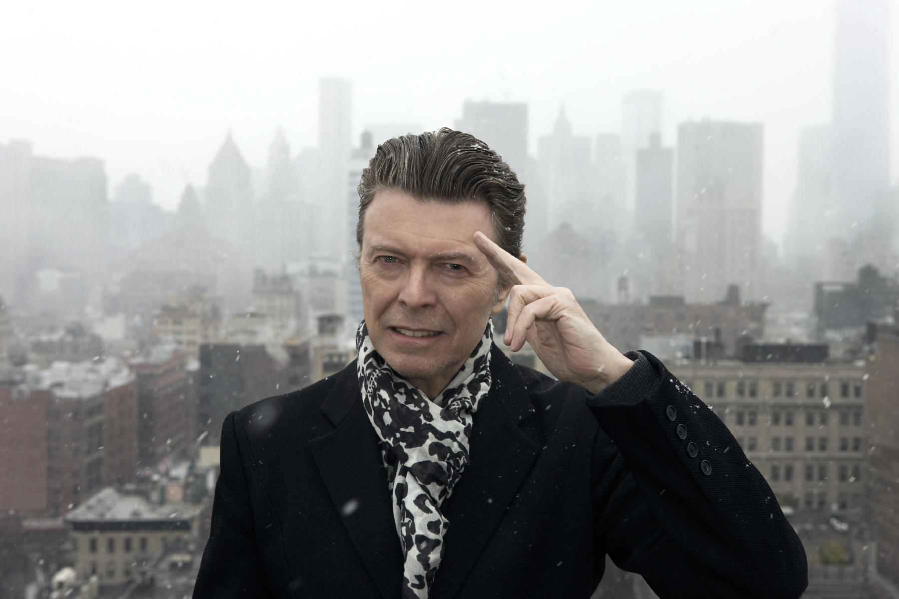 David Bowie Channels Elvis for Holiday Greeting