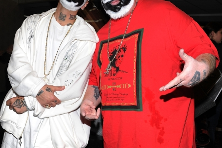 Insane Clown Posse Sue Fbi And Department Of Justice Over Juggalos Gang Classification Rolling Stone