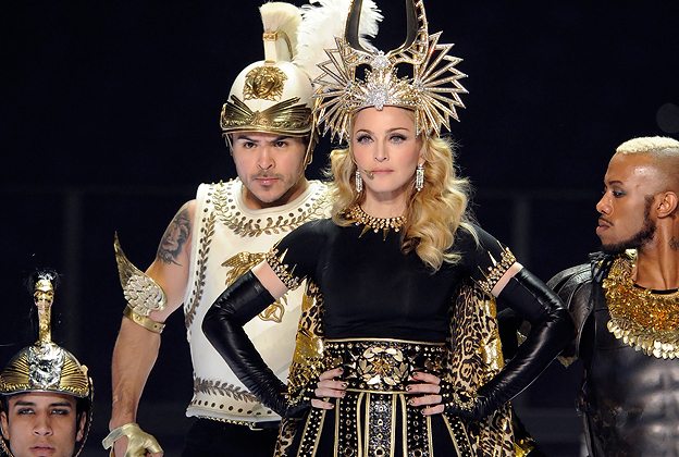 madonna super bowl  sc 1 st  Rolling Stone & Behind the Scenes: Madonnau0027s Elaborate Givenchy Super Bowl Costumes ...