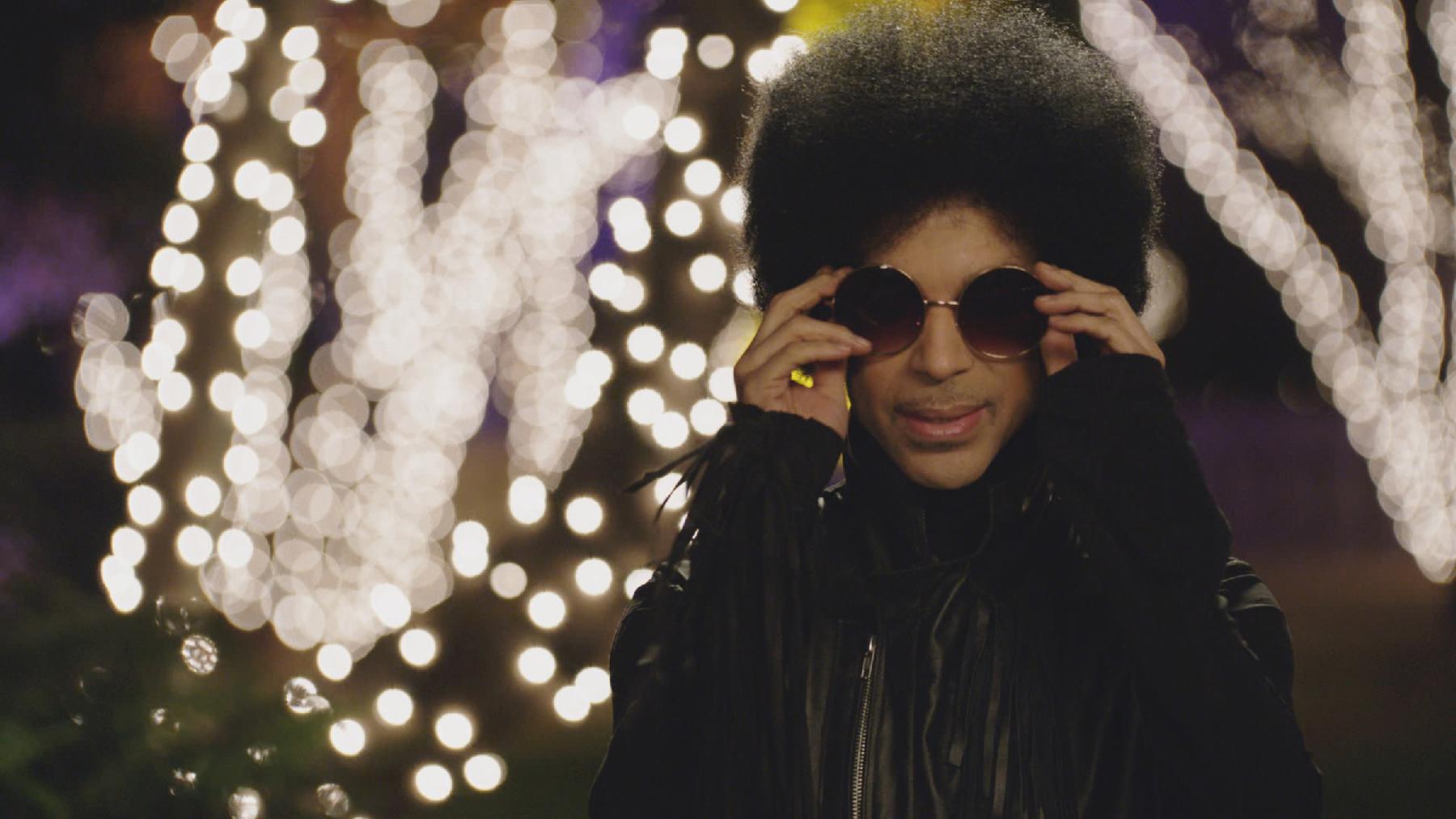 ca86a9a164 Prince Debuts  Old School  3rd Eye Girl Album  Plectrumelectrum  in ...