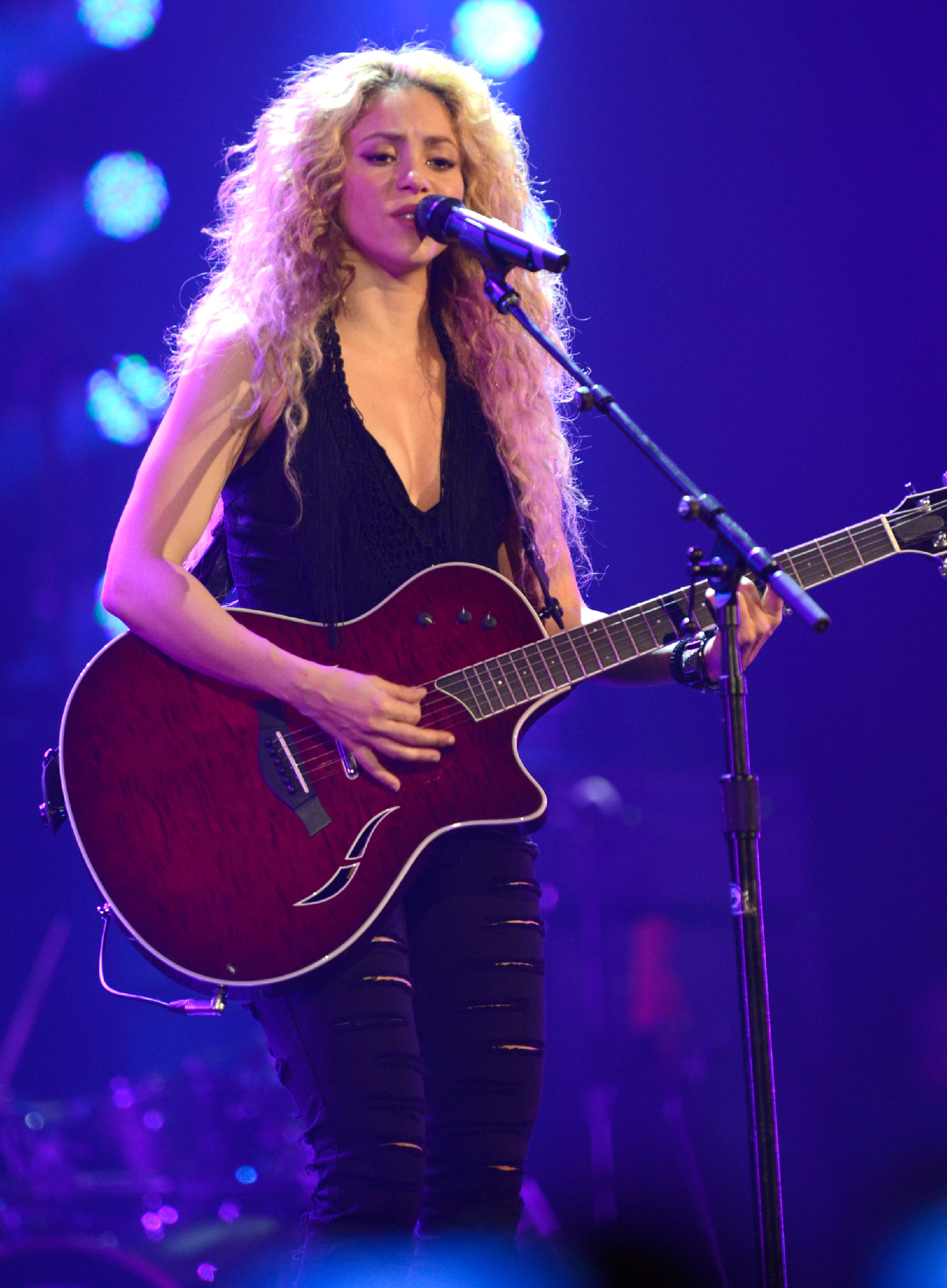 On the Charts: Shakira's Quiet 'Forget You' Surge