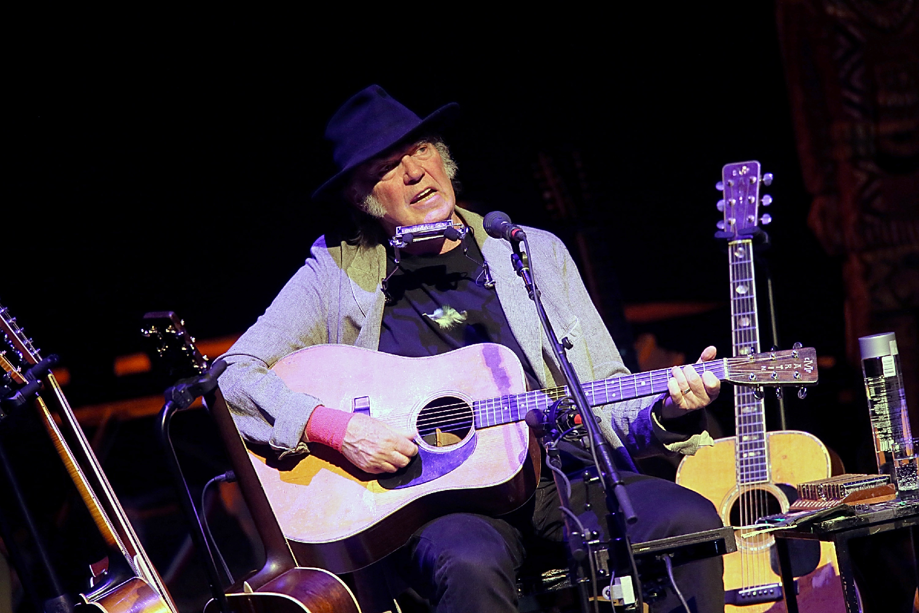 Neil Young on Jack White, Archives II and His Special Message to Mom