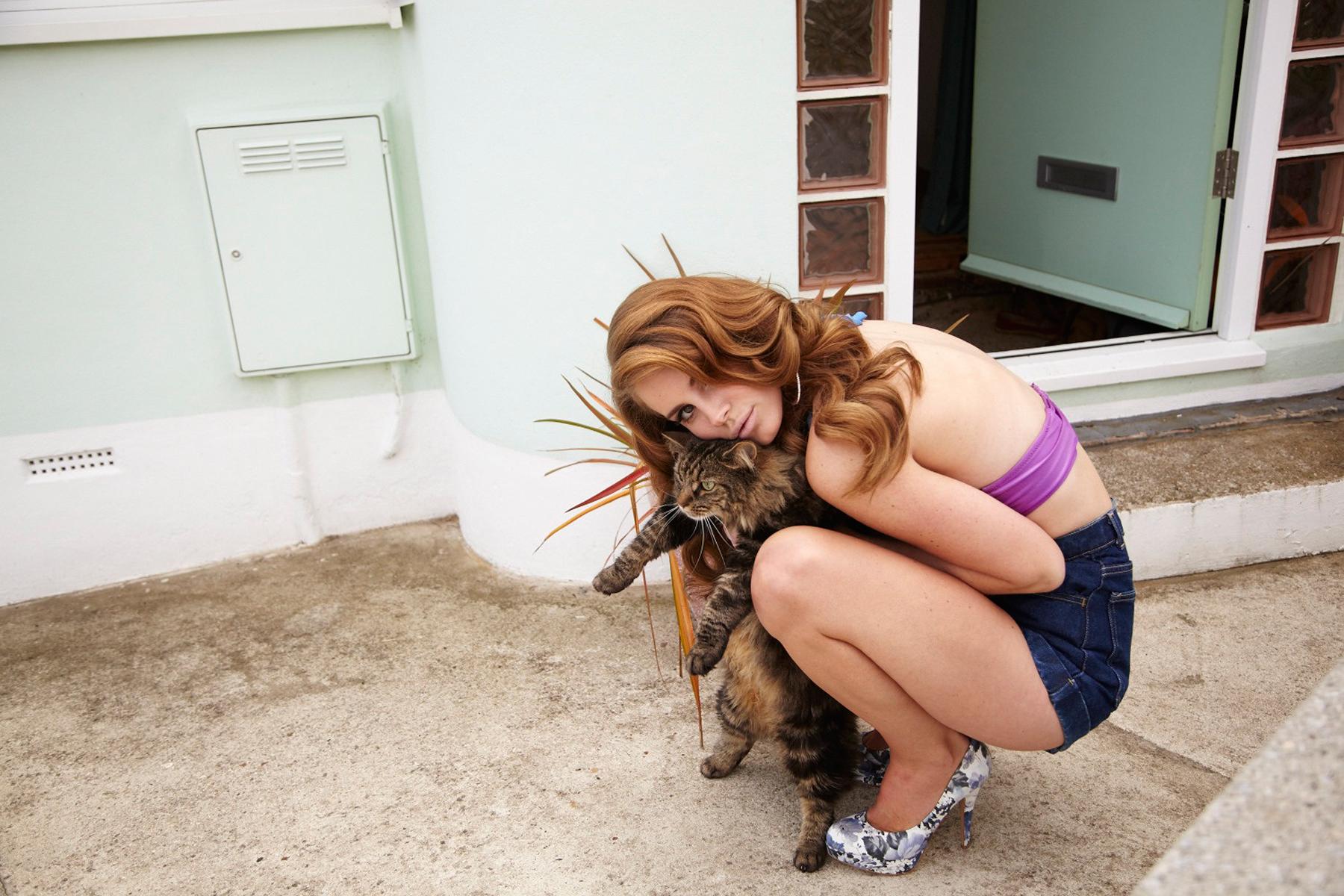 Lana Del Rey Working with Dan Auerbach on New Album