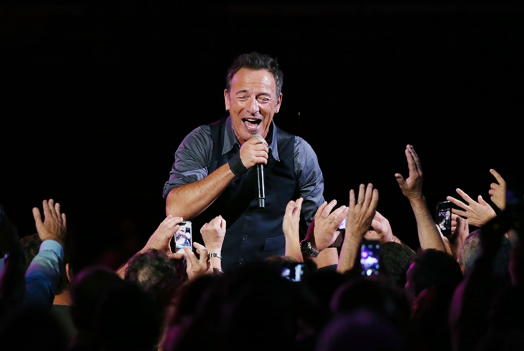 Bruce Springsteen Releasing 4 New Songs On Record Store Day EP