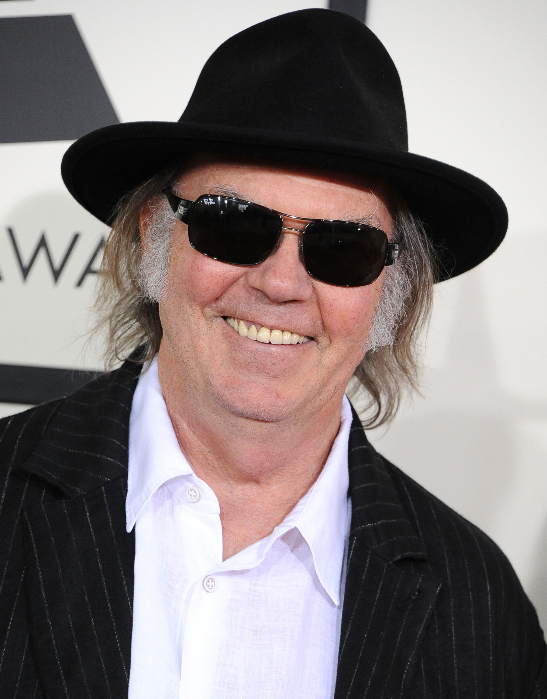 Neil Young Recruits Bruce Springsteen, Dave Grohl for Pono Kickstarter