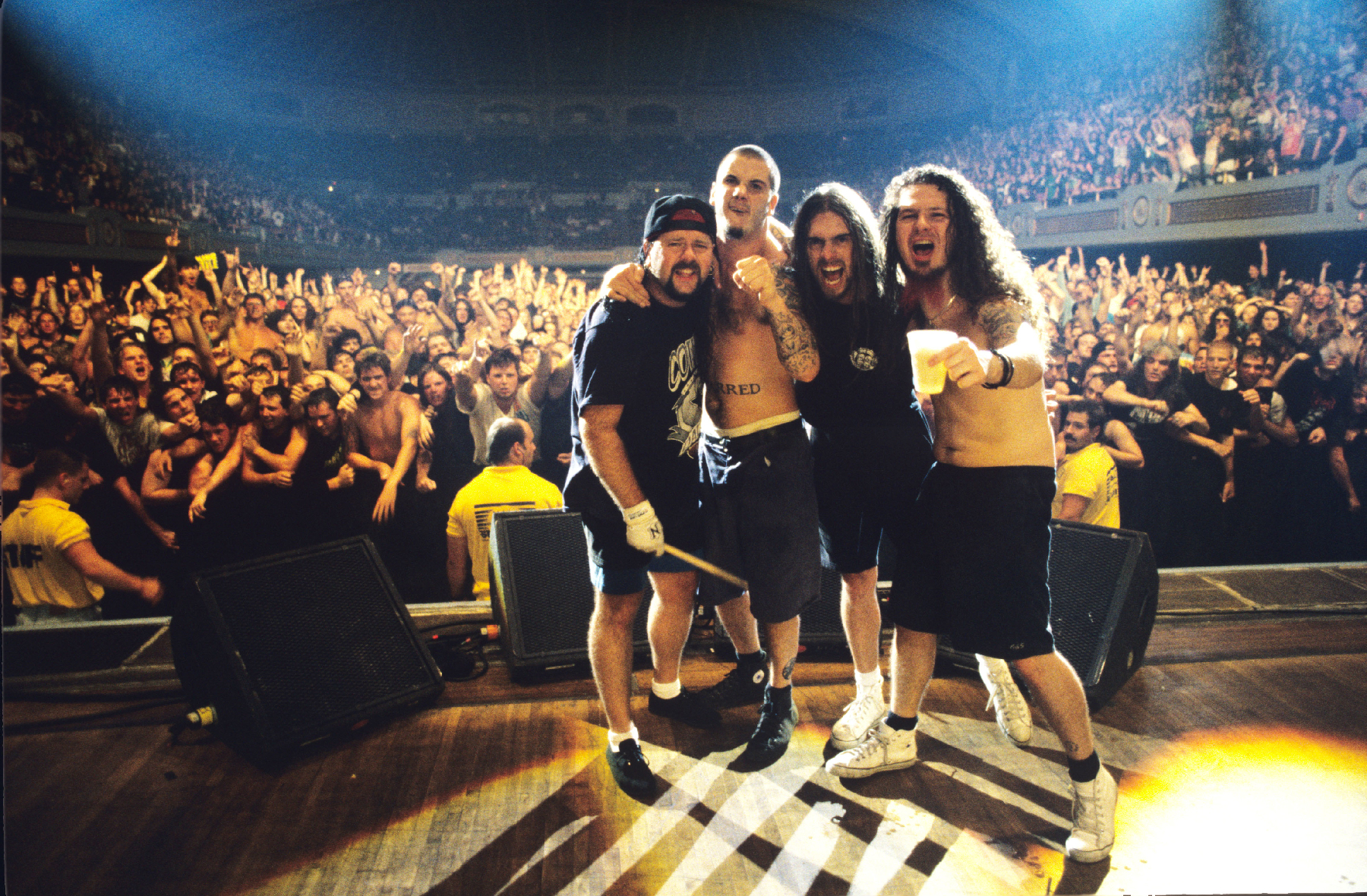 Pantera Display 'Strength Beyond Strength' Live in 1994 – Premiere