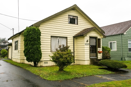 Kurt Cobain's Childhood Home Could Become a Museum