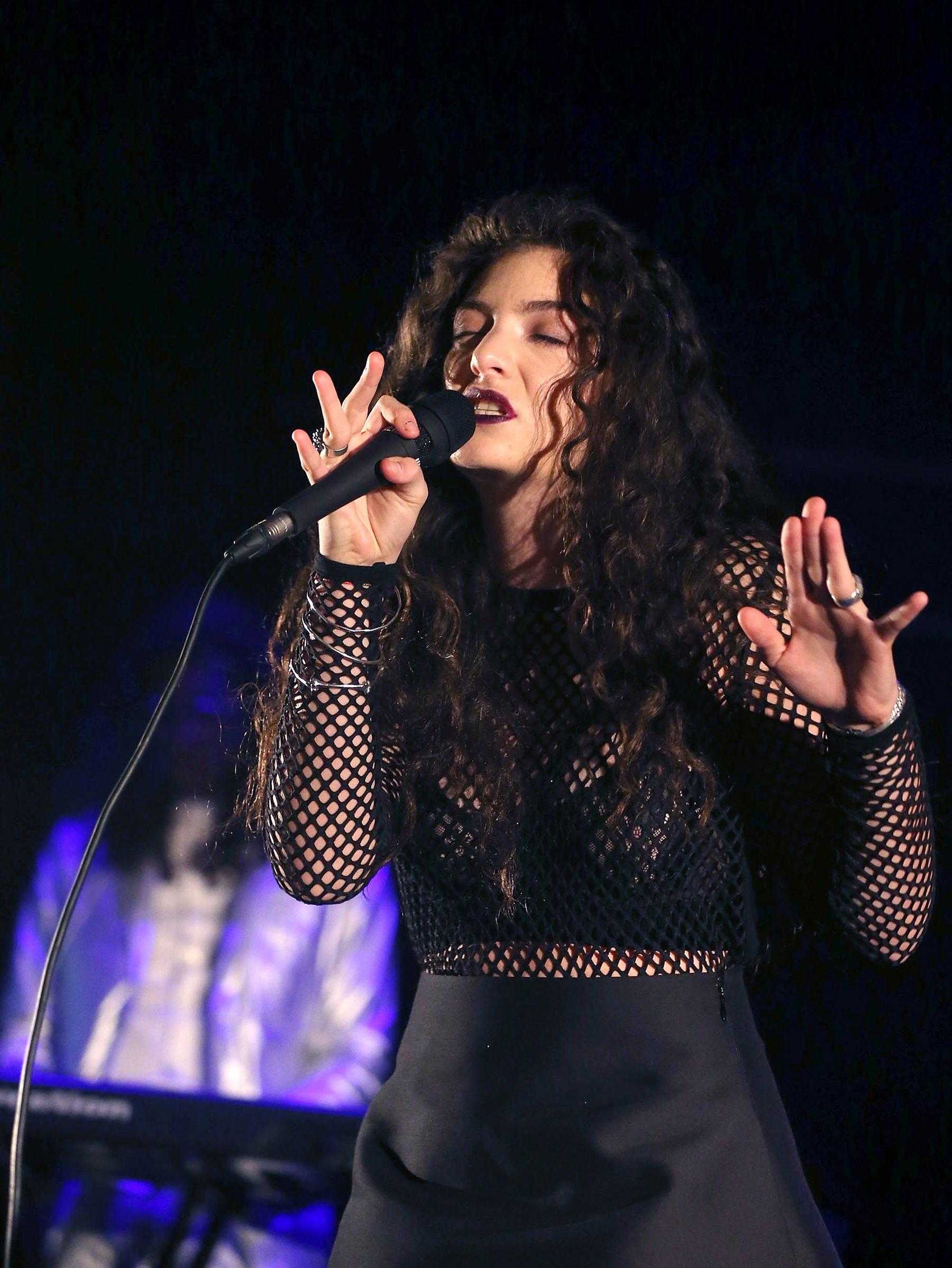 Lorde Cancels Eight Tour Dates Due to Health