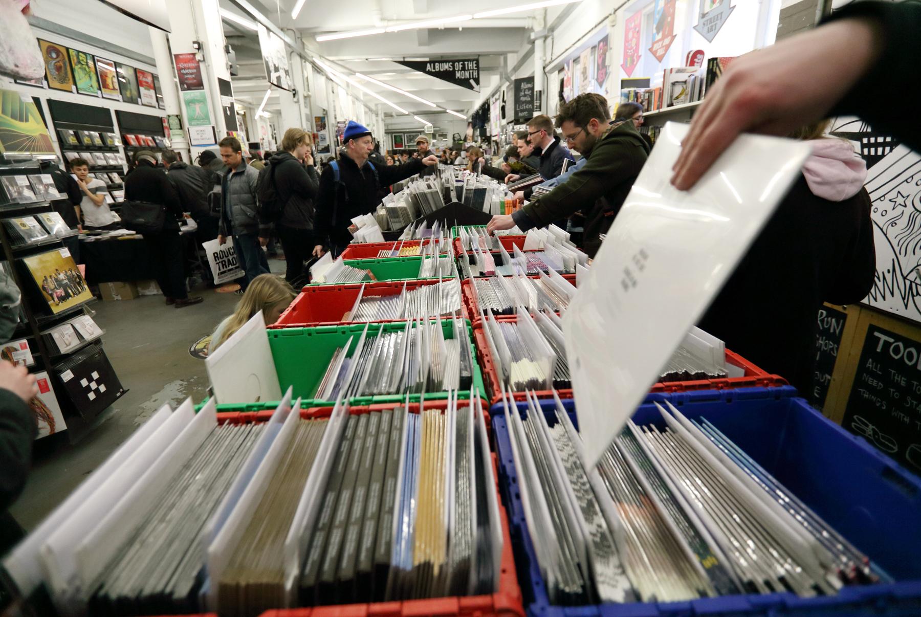 Record Store Day Breaks Sales Records, Nirvana Tops Vinyl Singles