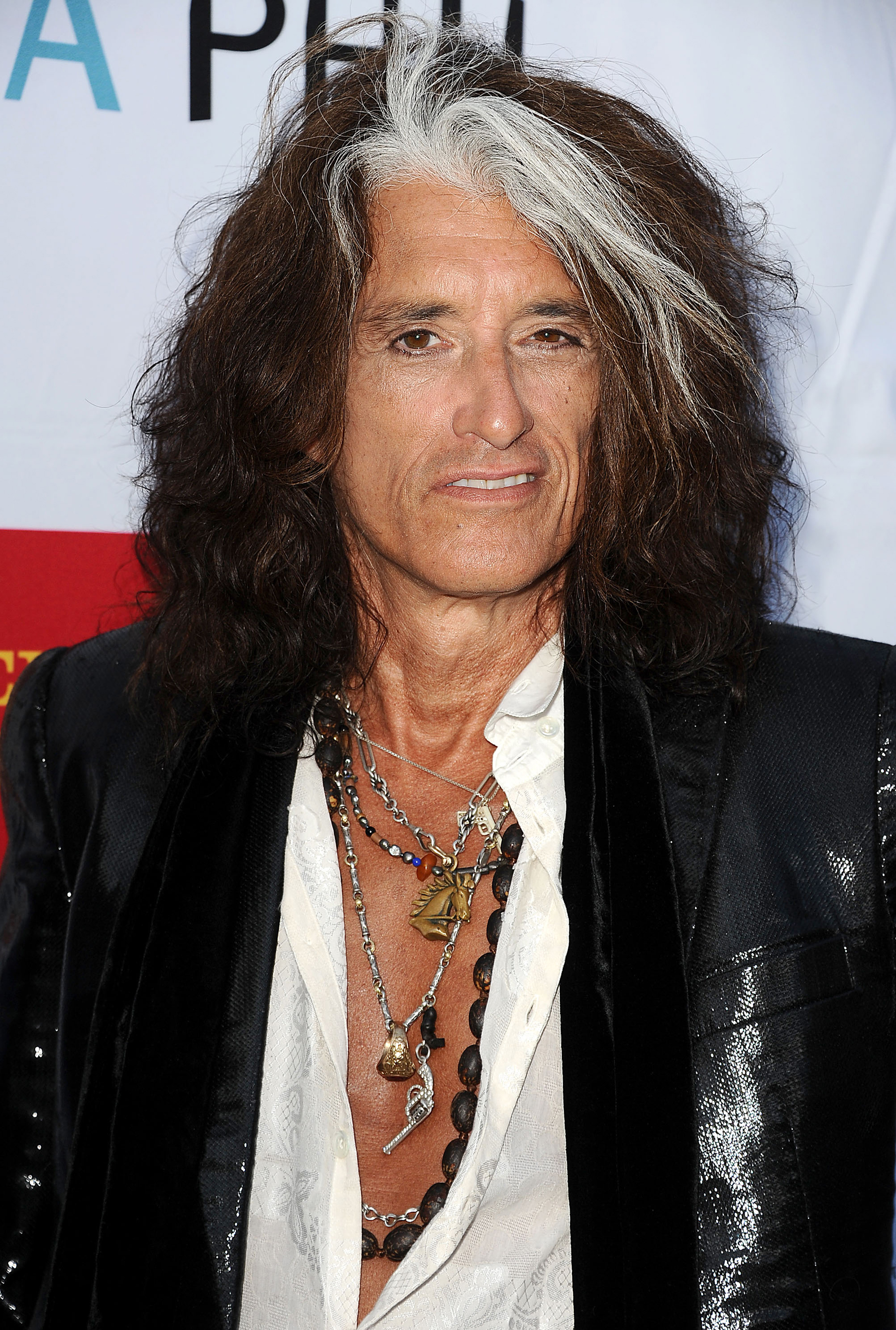 Aerosmiths Joe Perry Sets Record Straight In Autobiography Due