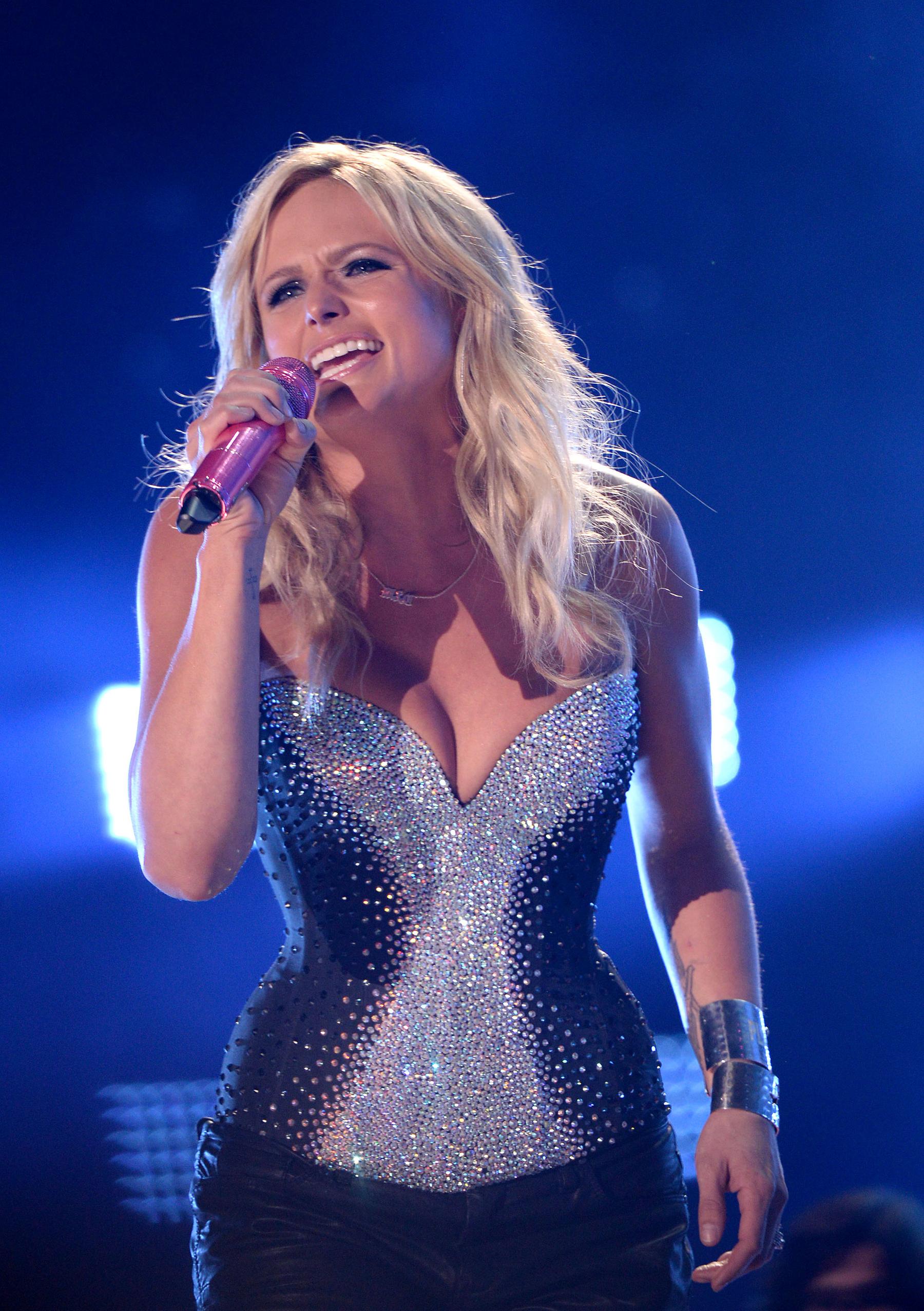 Miranda Lambert's 'Automatic' Number One