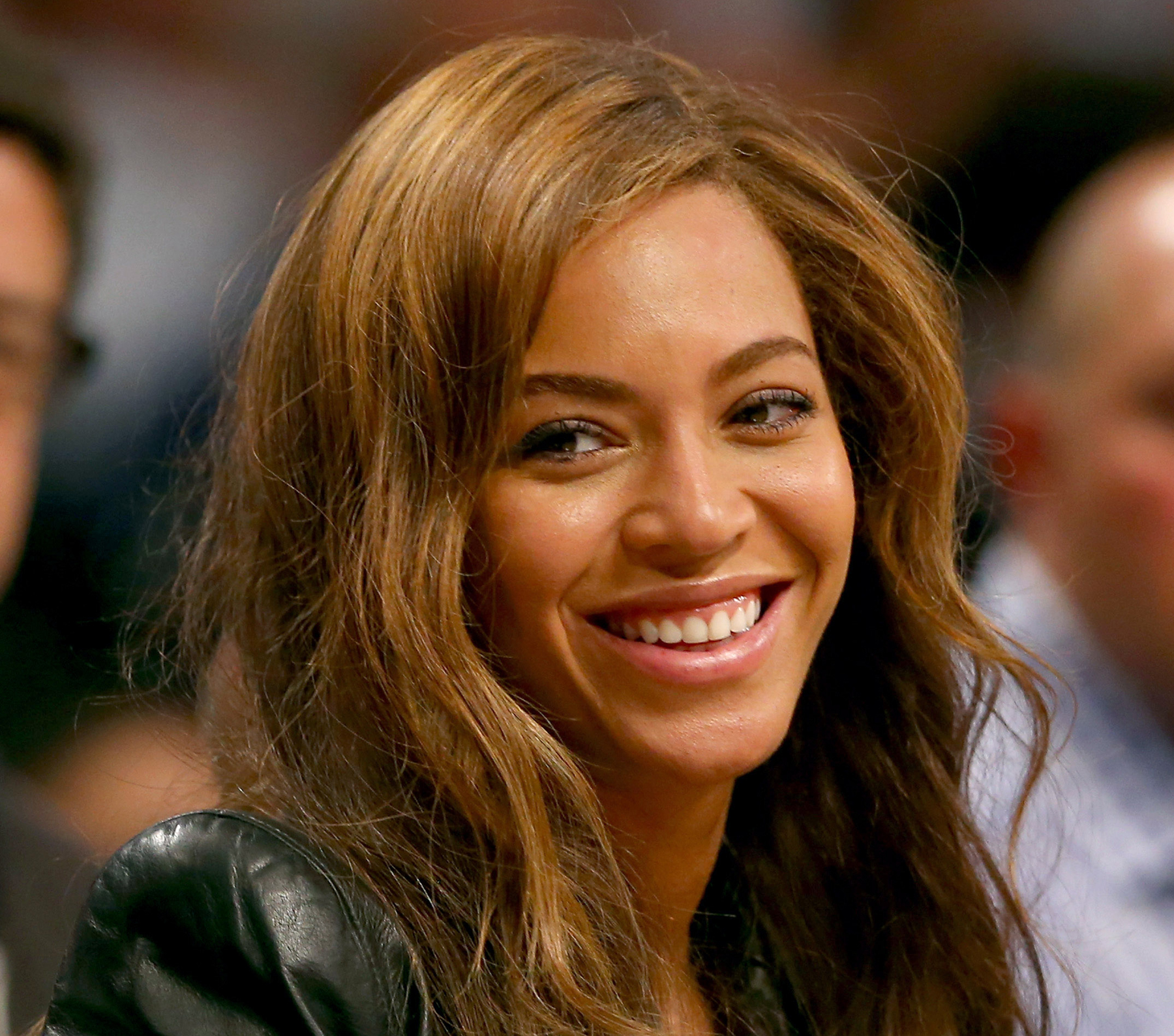 Beyonce Is Selling Drunk In Love Emoji T Shirts Rolling Stone