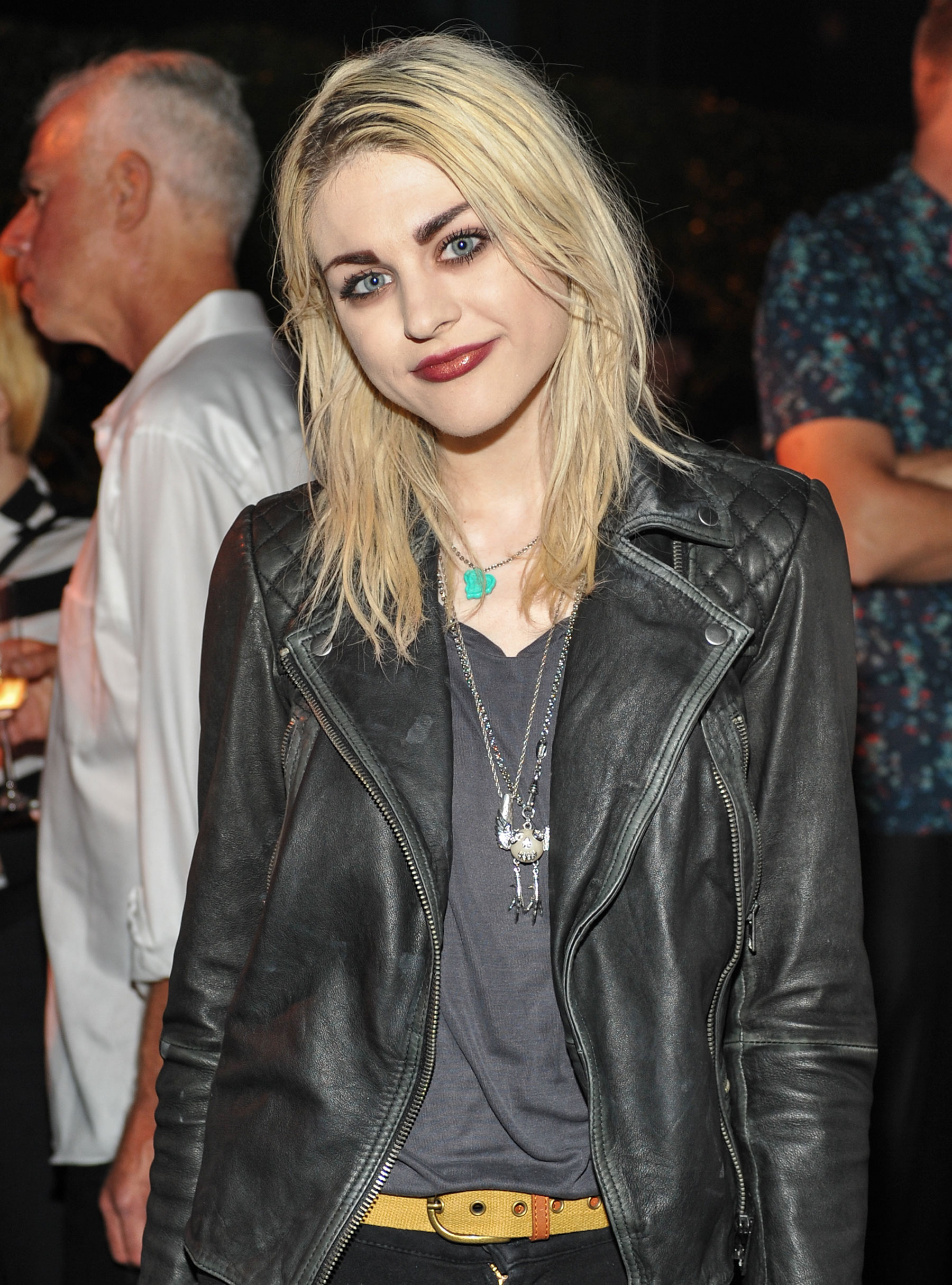 Twitter Frances Bean Cobain nudes (68 foto and video), Tits, Is a cute, Twitter, cameltoe 2017