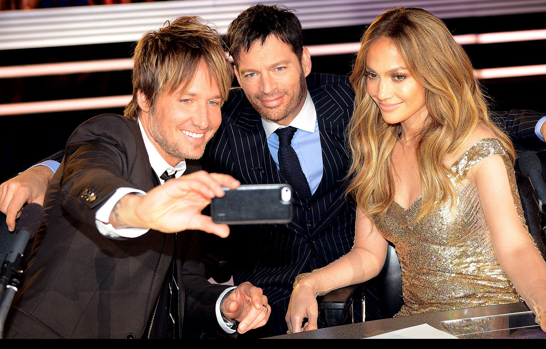 Keith Urban 'Riff's on Harry Connick, Jr. and Defends Jennifer Lopez