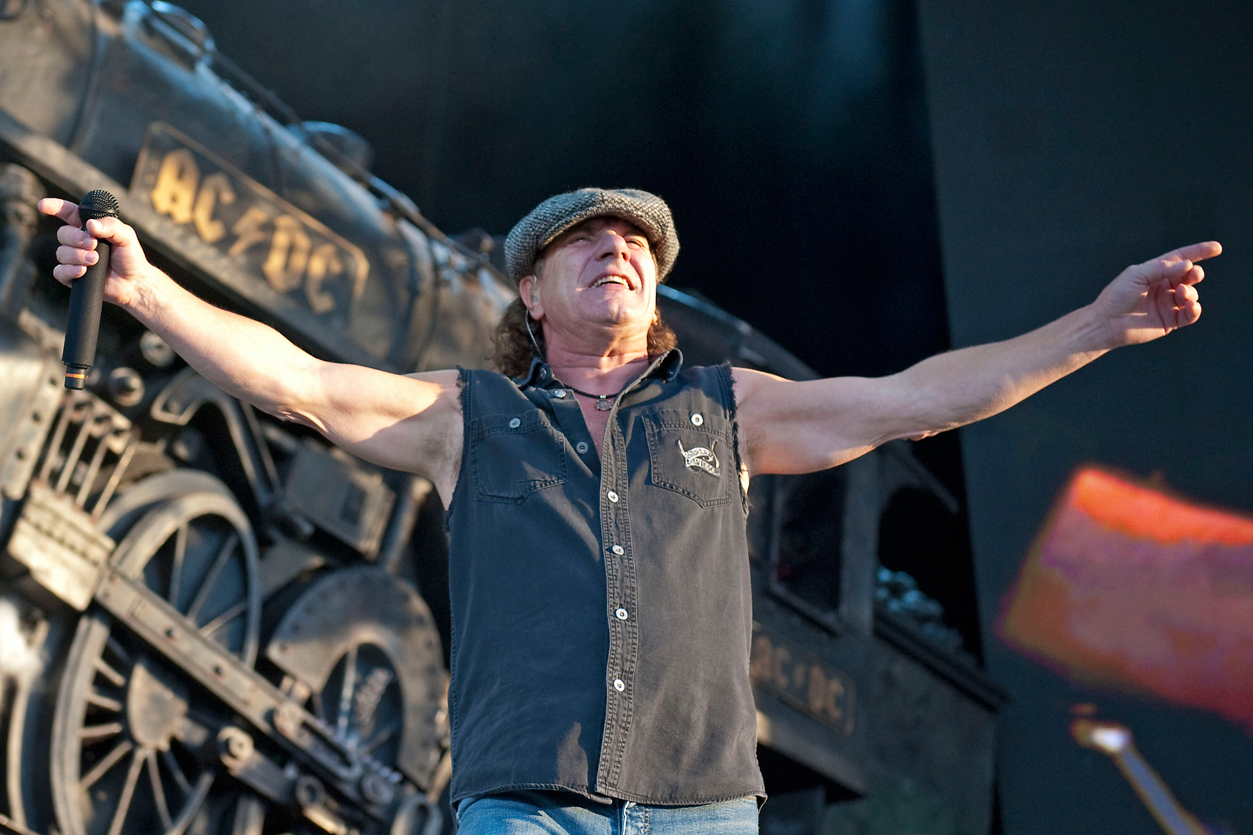 AC/DC Finish New Album, Detail Malcolm Young Health Update