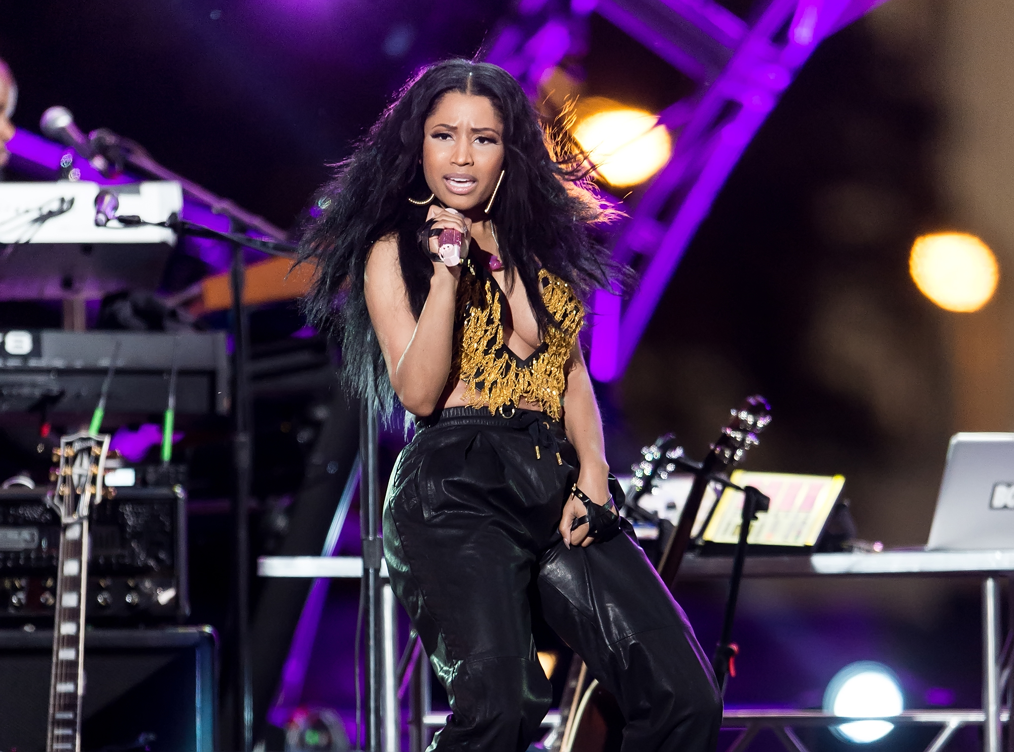 Nicki Minaj Shares Beyonce's Motivational Strategy for 'Flawless' Remix