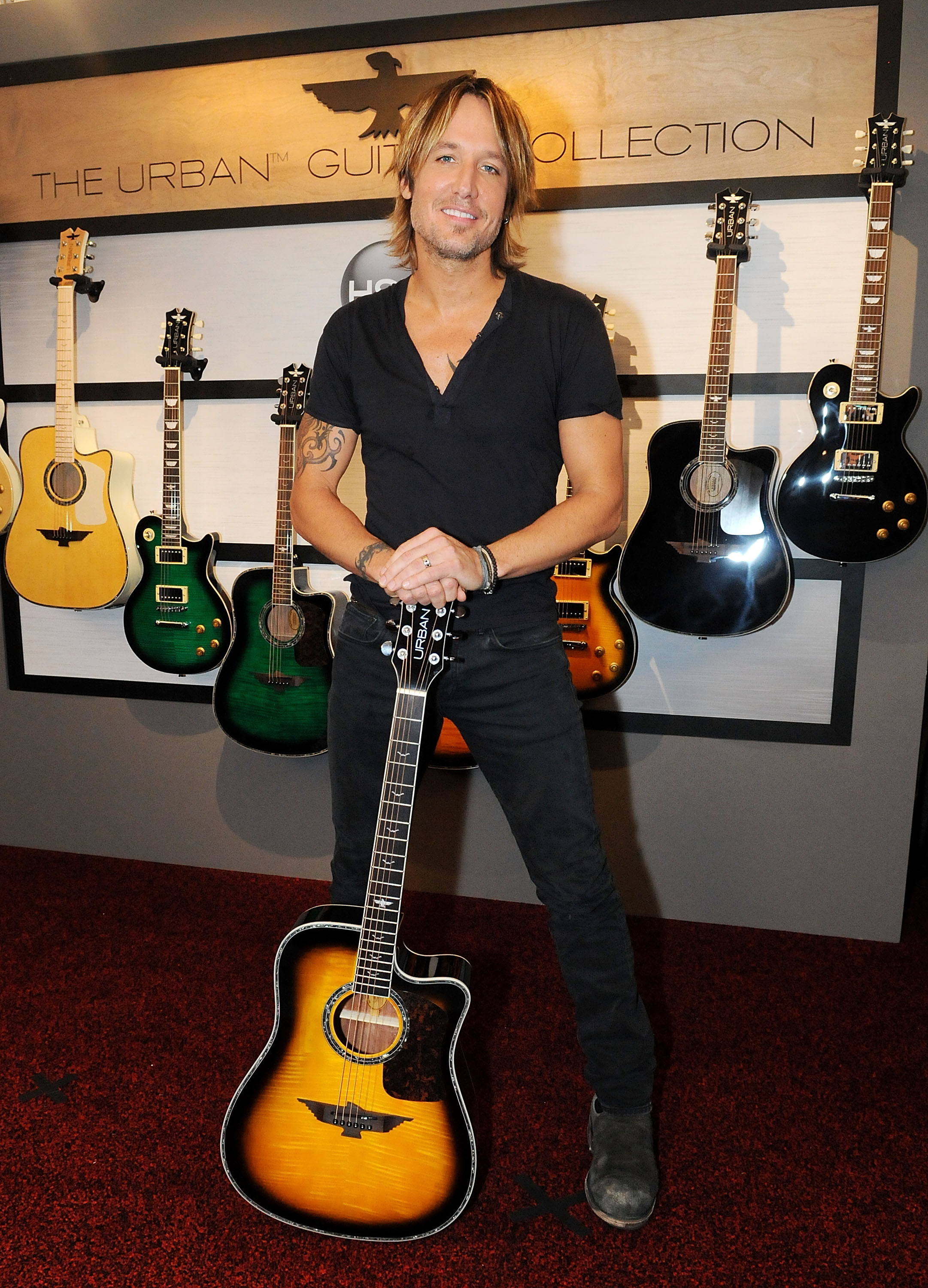 Keith Urban Teams With Rolling Stone Country to Give Away Signature Guitar