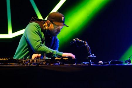 DJ Shadow Celebrates New Imprint With 'Liquid Amber' EP