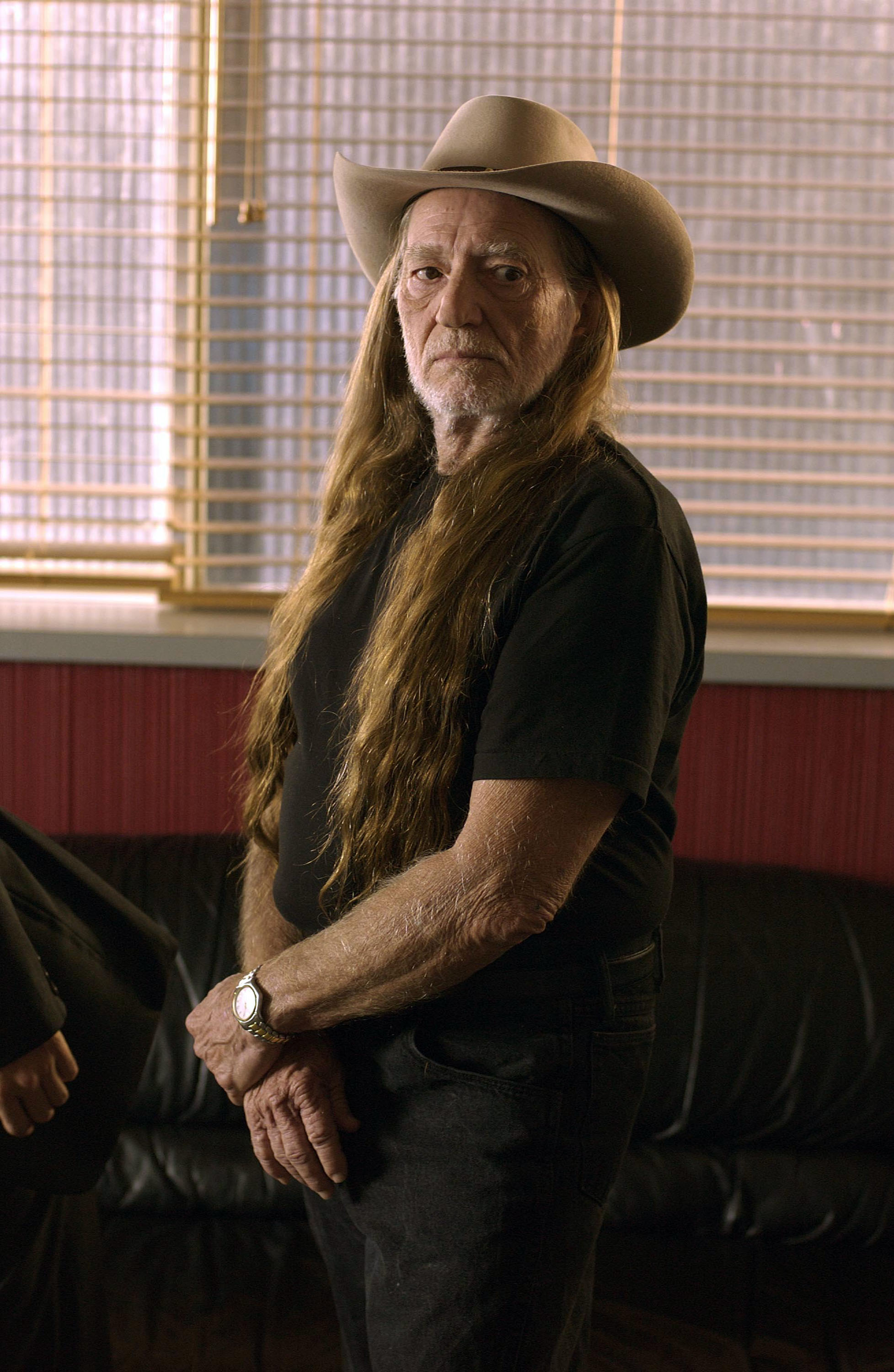 Willie Nelson on Texas Border Children: 'We've Got to Help Those Kids'