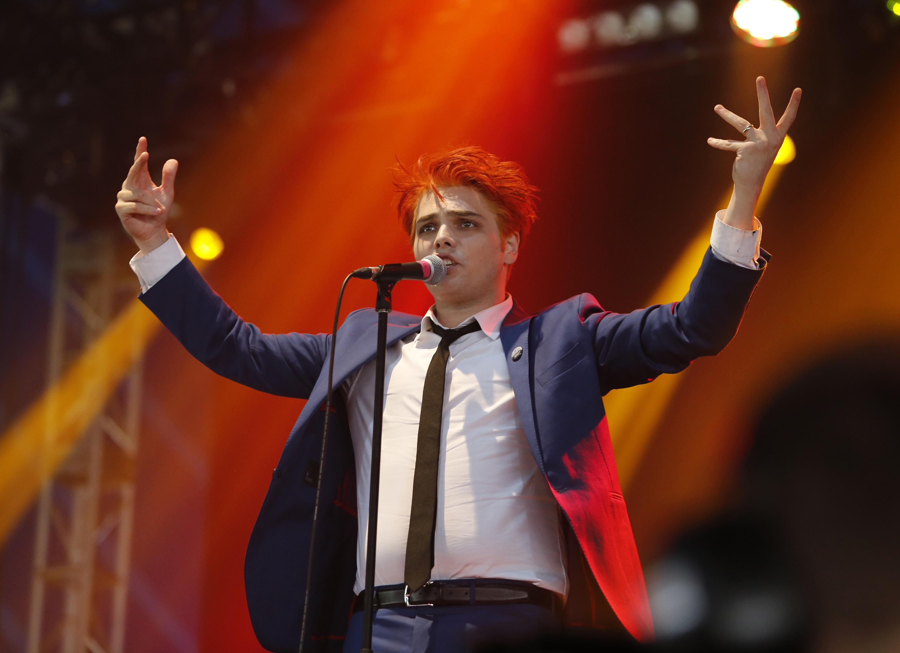 Gerard Way Makes Britpop Solo Debut at U.K.'s Reading Festival