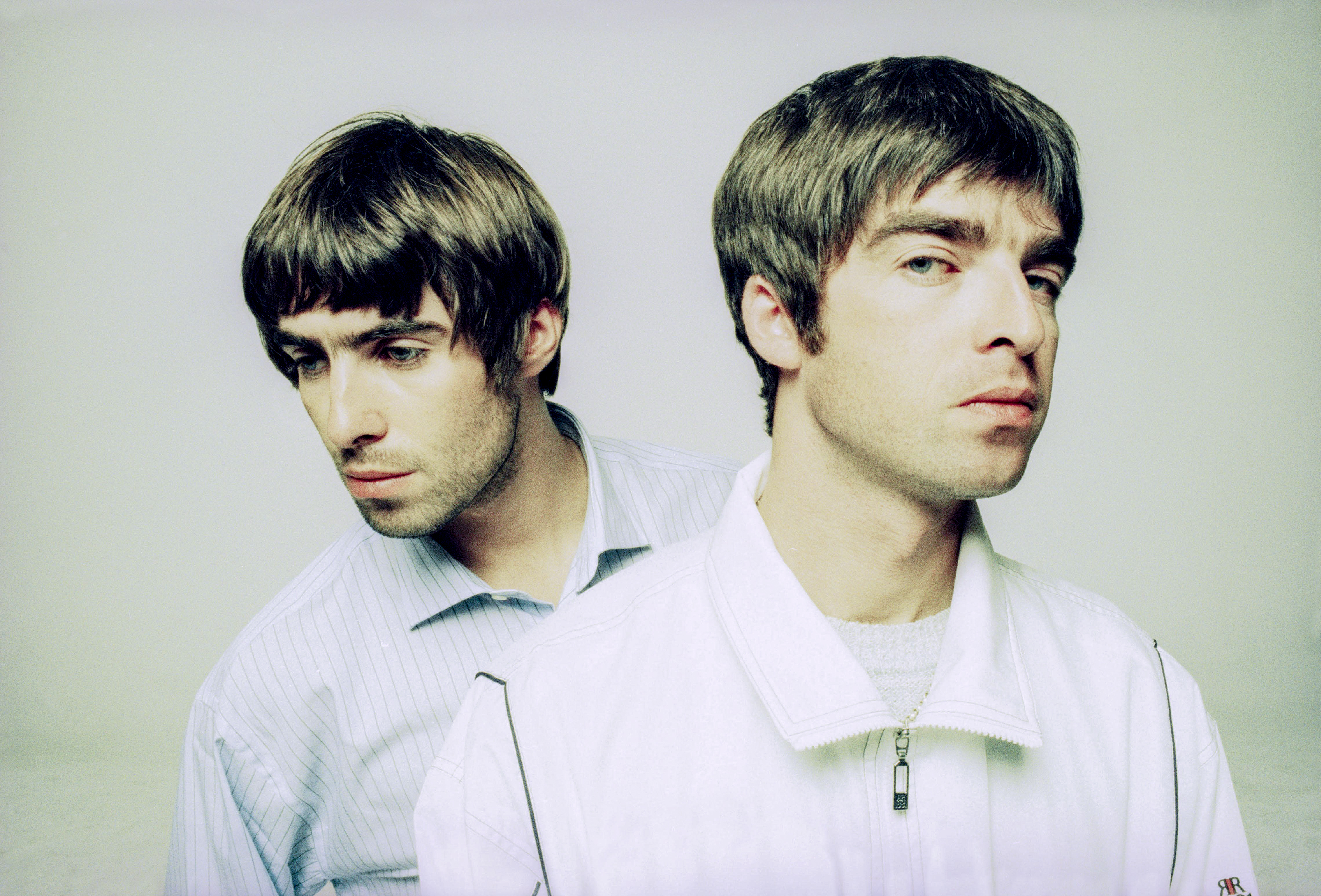 Hear Oasis' Unreleased Acoustic Take on 'She's Electric'