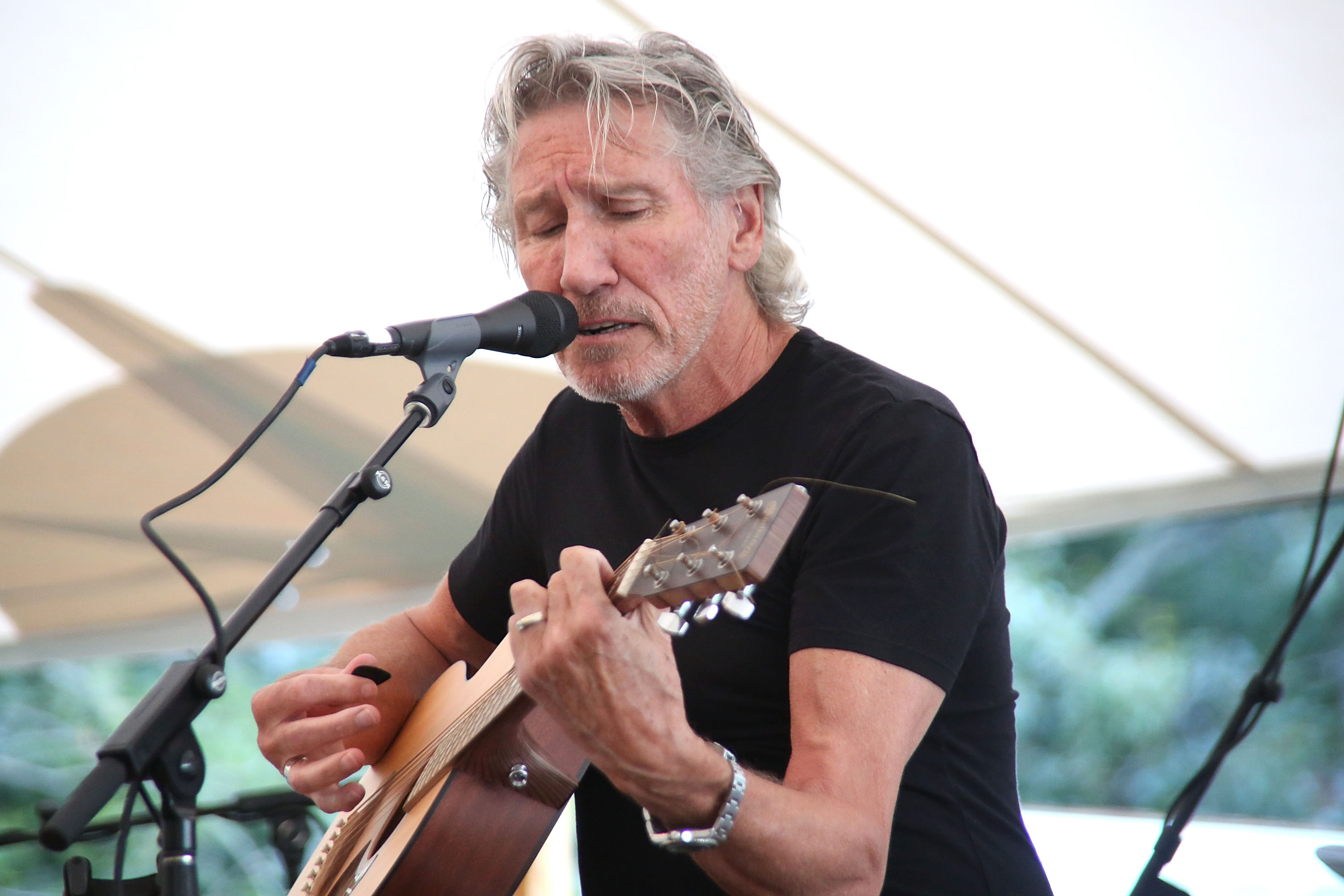 Roger Waters' 'The Wall' Tour Documentary Premieres in Toronto