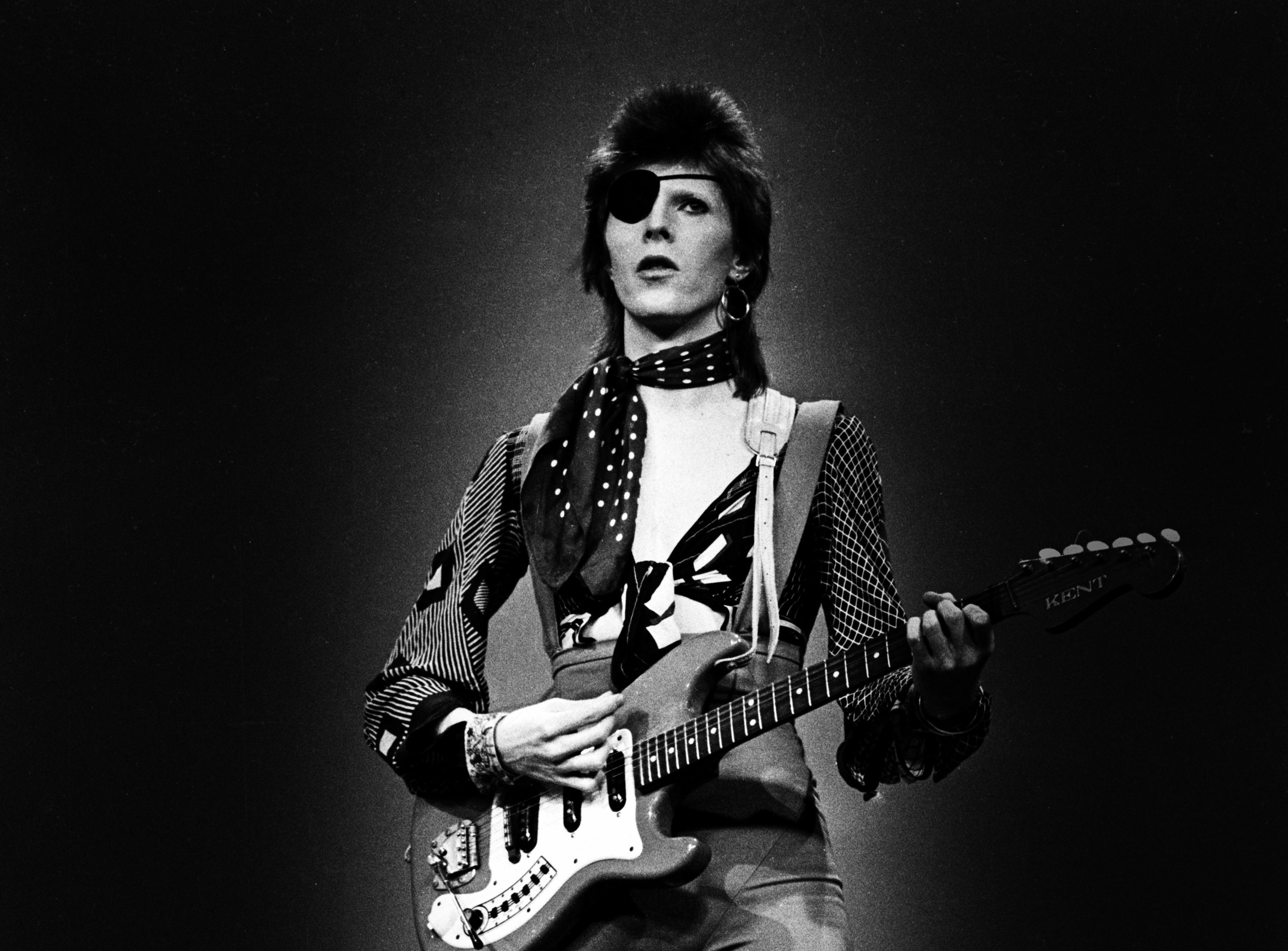 New David Bowie Songs to Accompany Career-Spanning Compilation