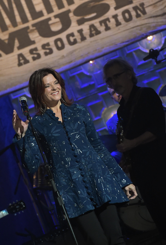 Rosanne Cash Plots New Tour, Receives Performing Arts Award