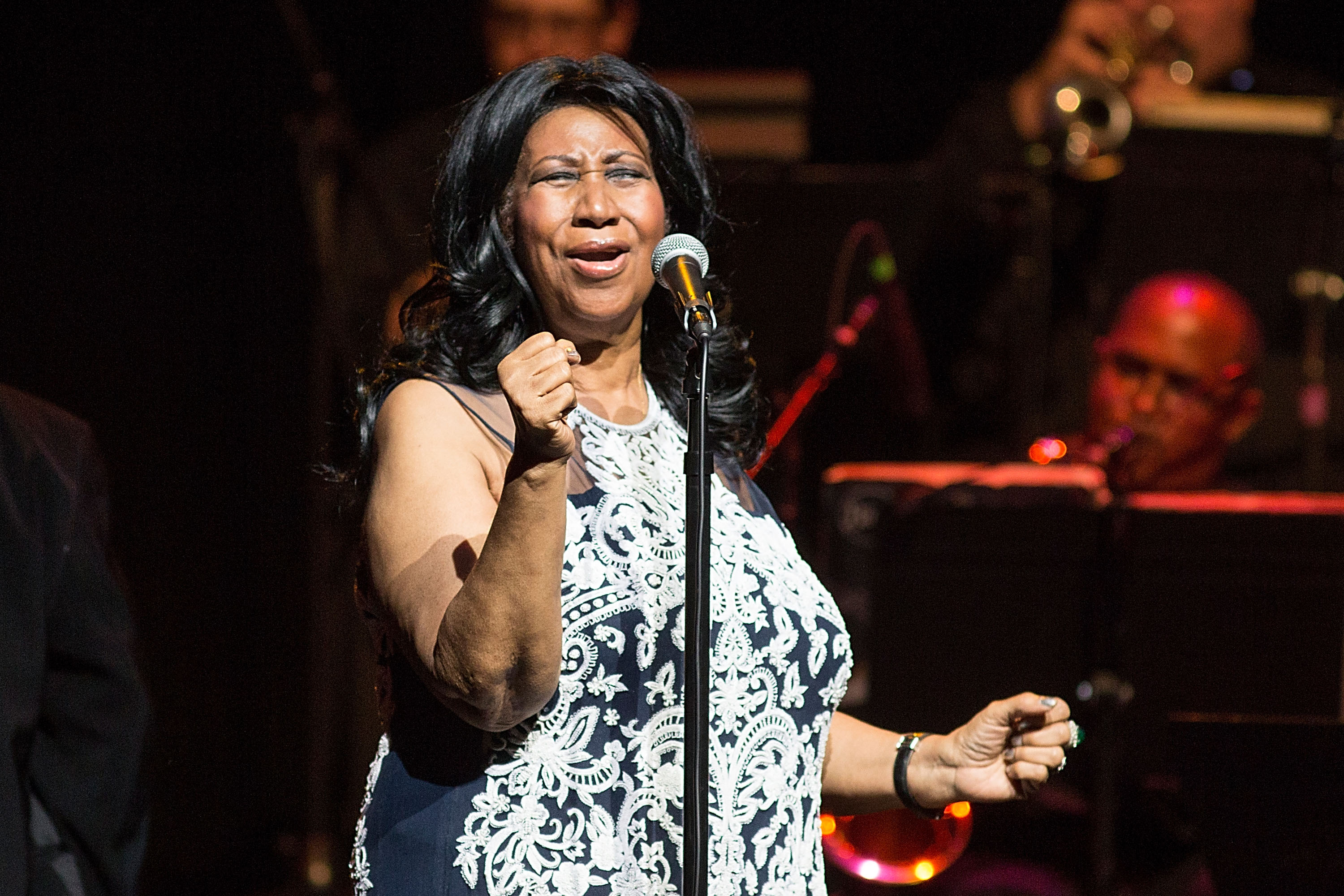 Aretha Franklin Covers Adele, Details New 'Diva Classics' Tribute LP
