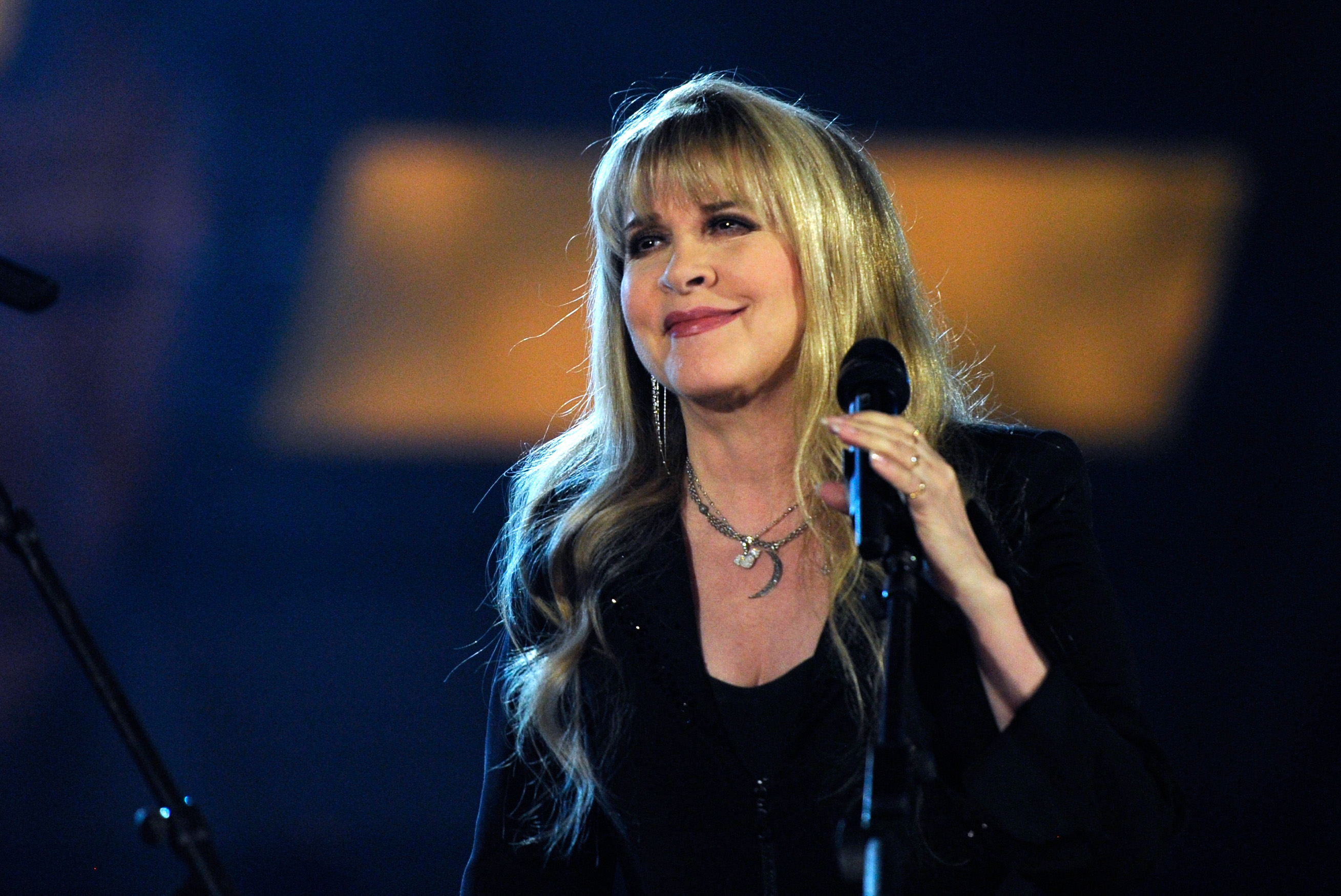 Stevie Nicks on Twirling, Kicking Drugs and a Lifetime With Lindsey