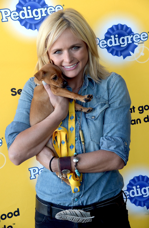 Miranda Lambert Cherishes Anonymity of Working With Pets
