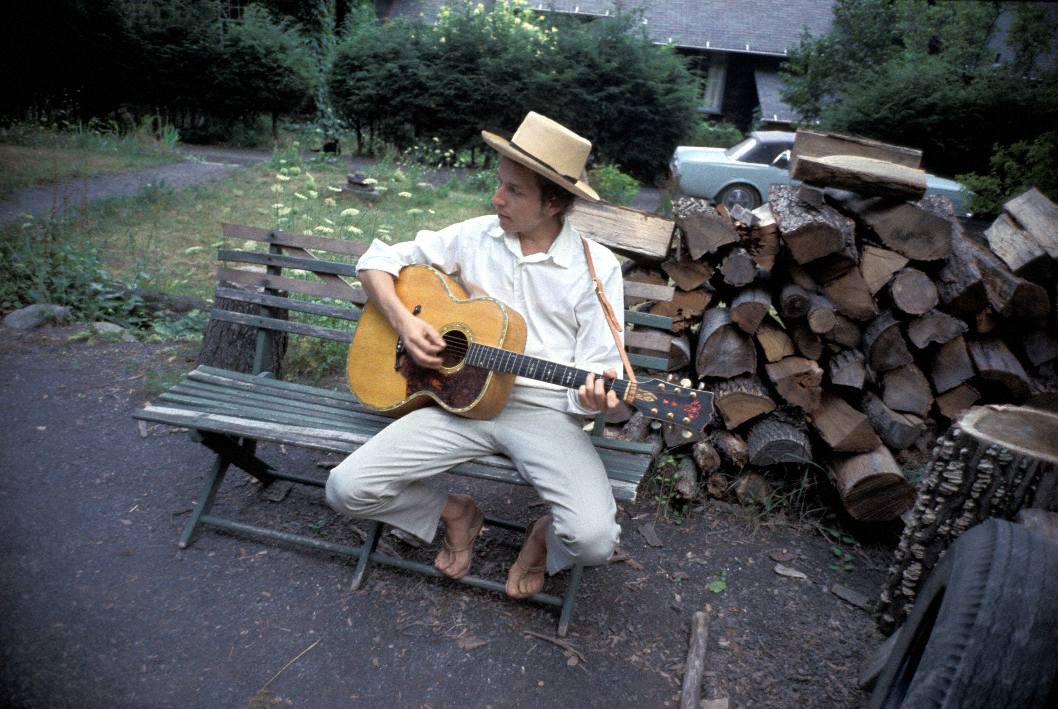 The Untold Story Of Bob Dylan S Basement Tapes Inside The New Issue Rolling Stone