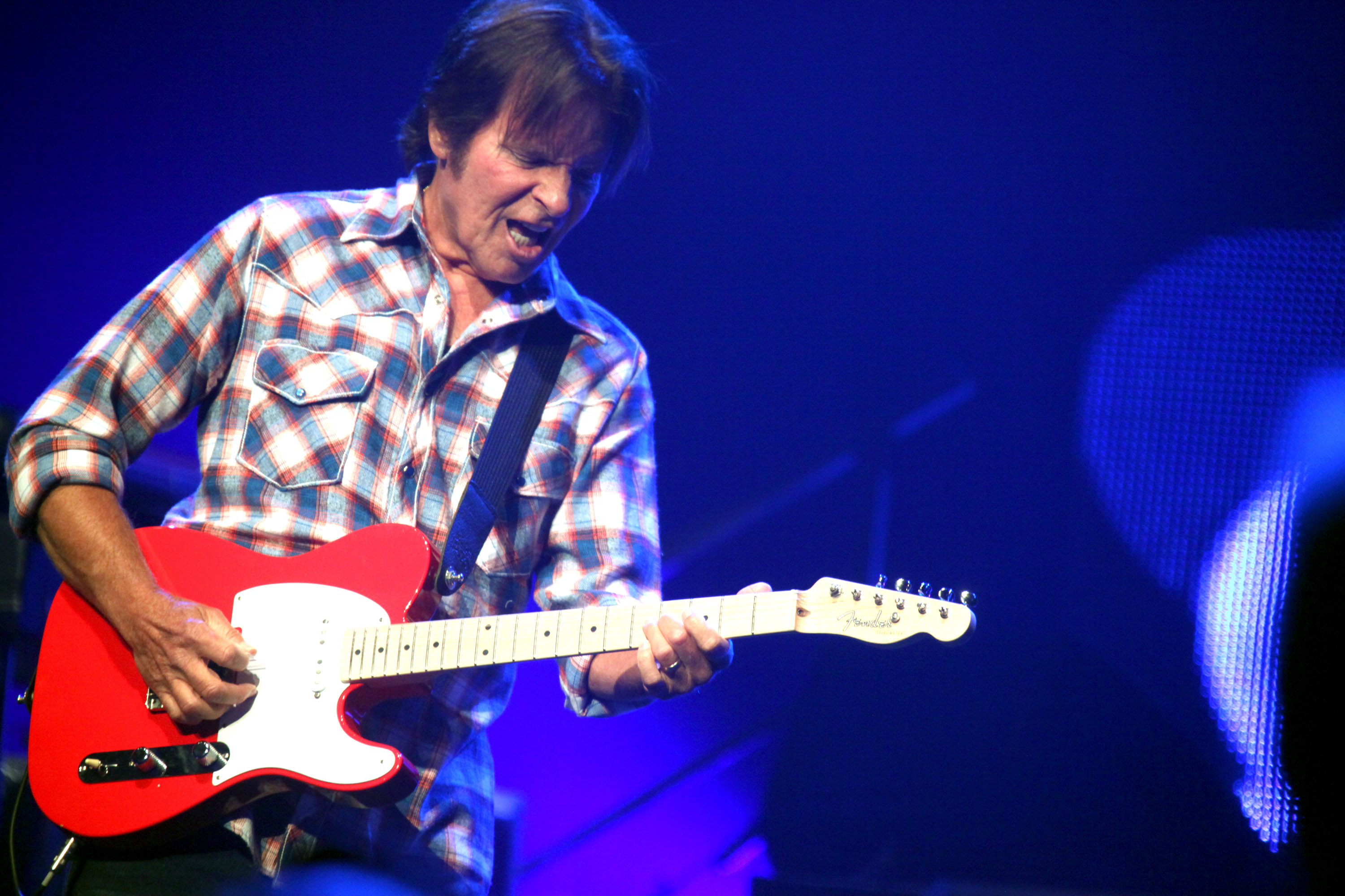 john fogerty addresses fortunate son controversy rolling stone. Black Bedroom Furniture Sets. Home Design Ideas