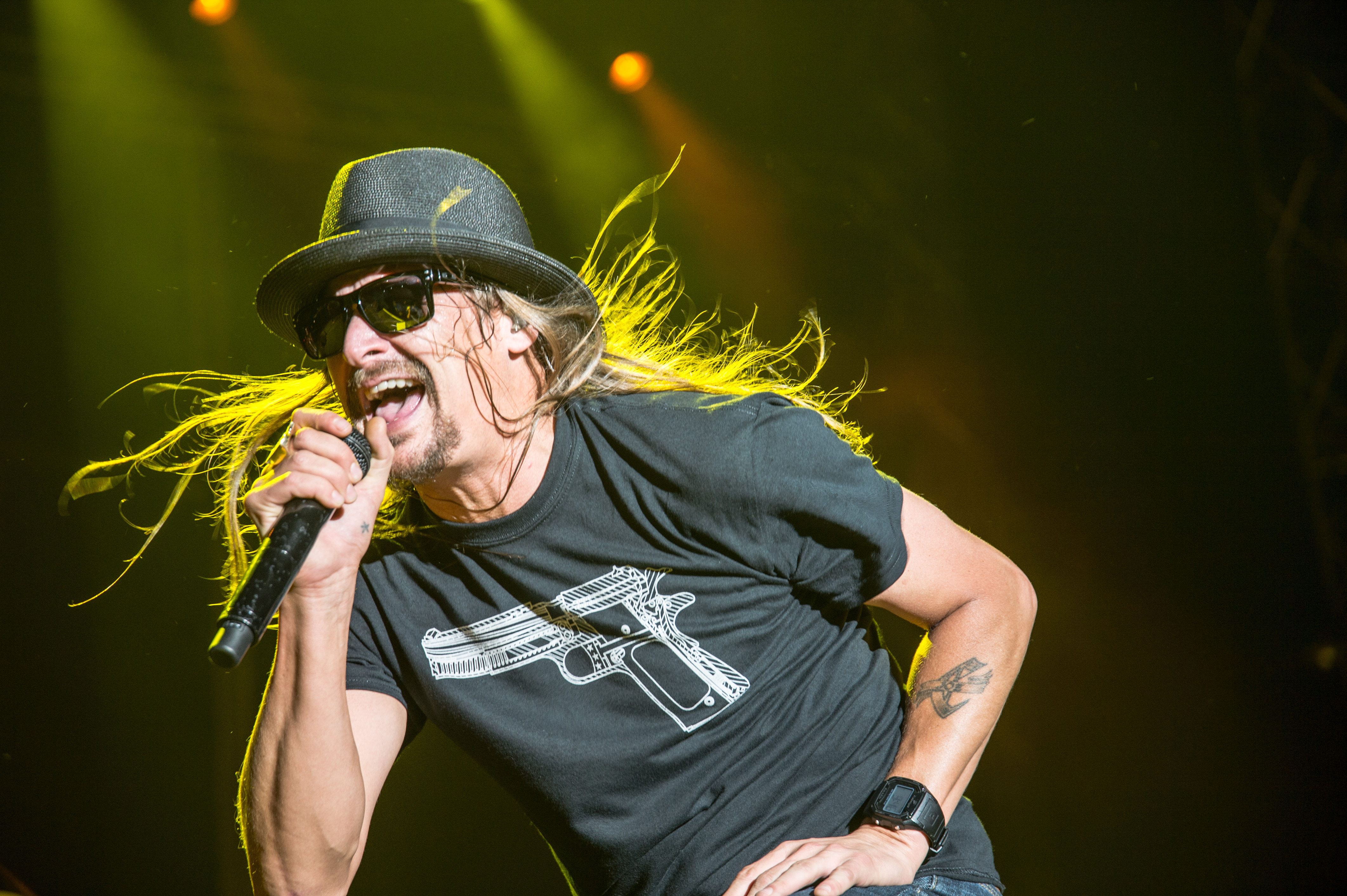 Kid Rock Puckers Up for New Album 'First Kiss'