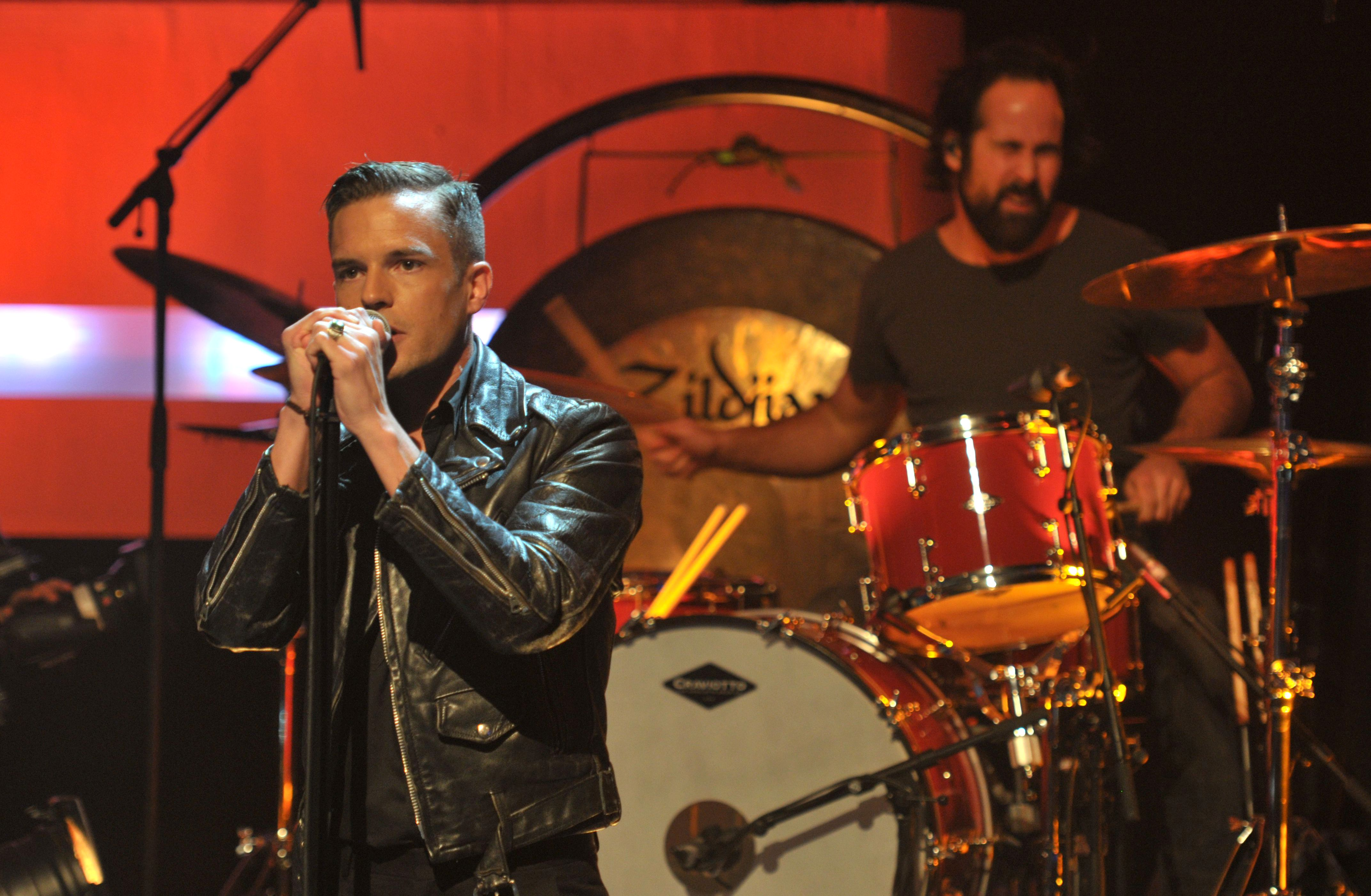 Hear the Killers and Jimmy Kimmel\'s Moving Christmas Song – Rolling ...