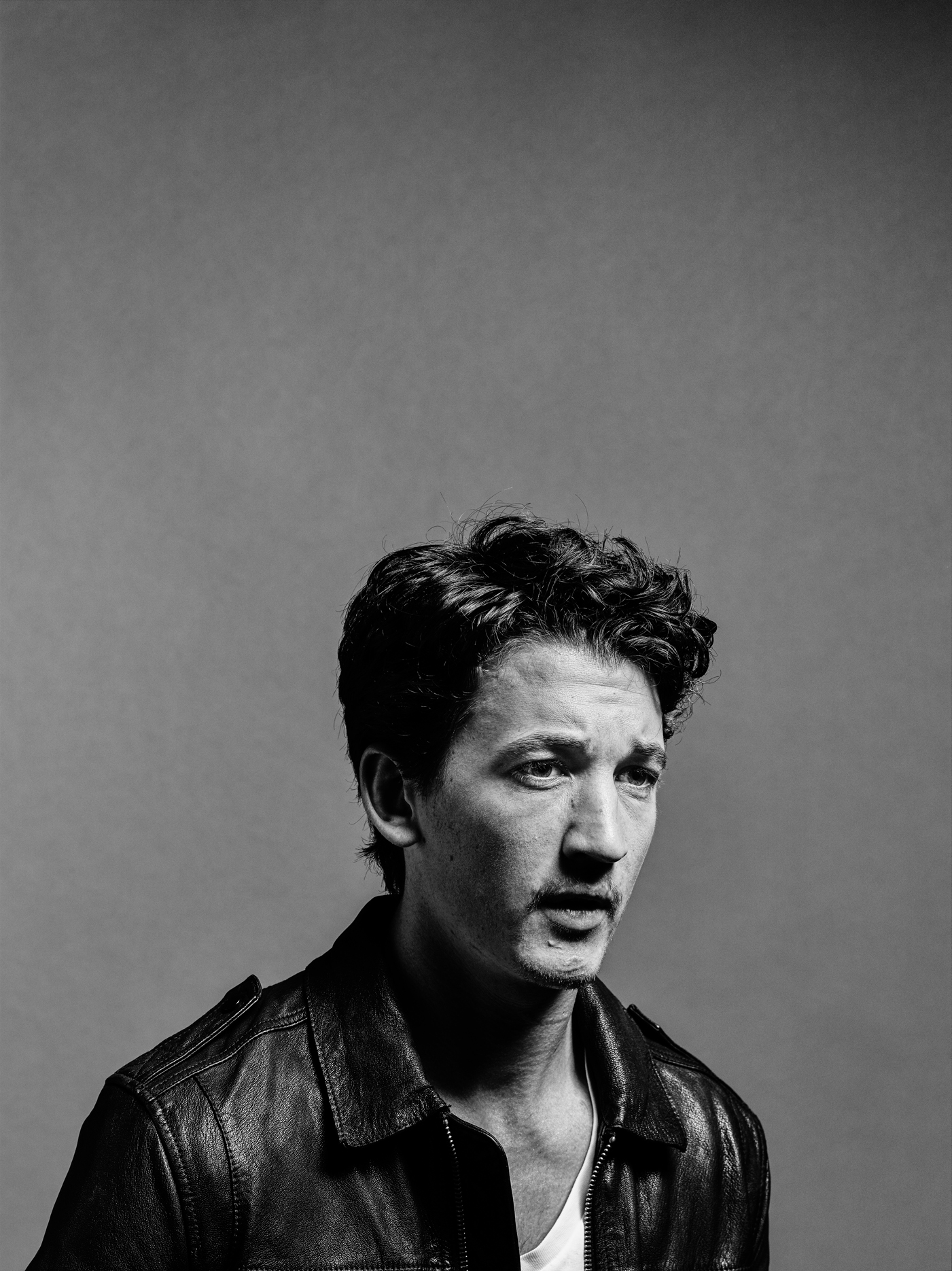 Miles Teller Biography – Facts, Childhood, Family Life ... |Miles Teller Biography