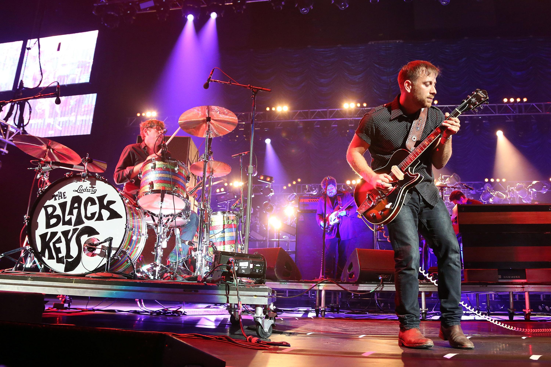 Howard Stern to Broadcast Two-Hour Black Keys Concert