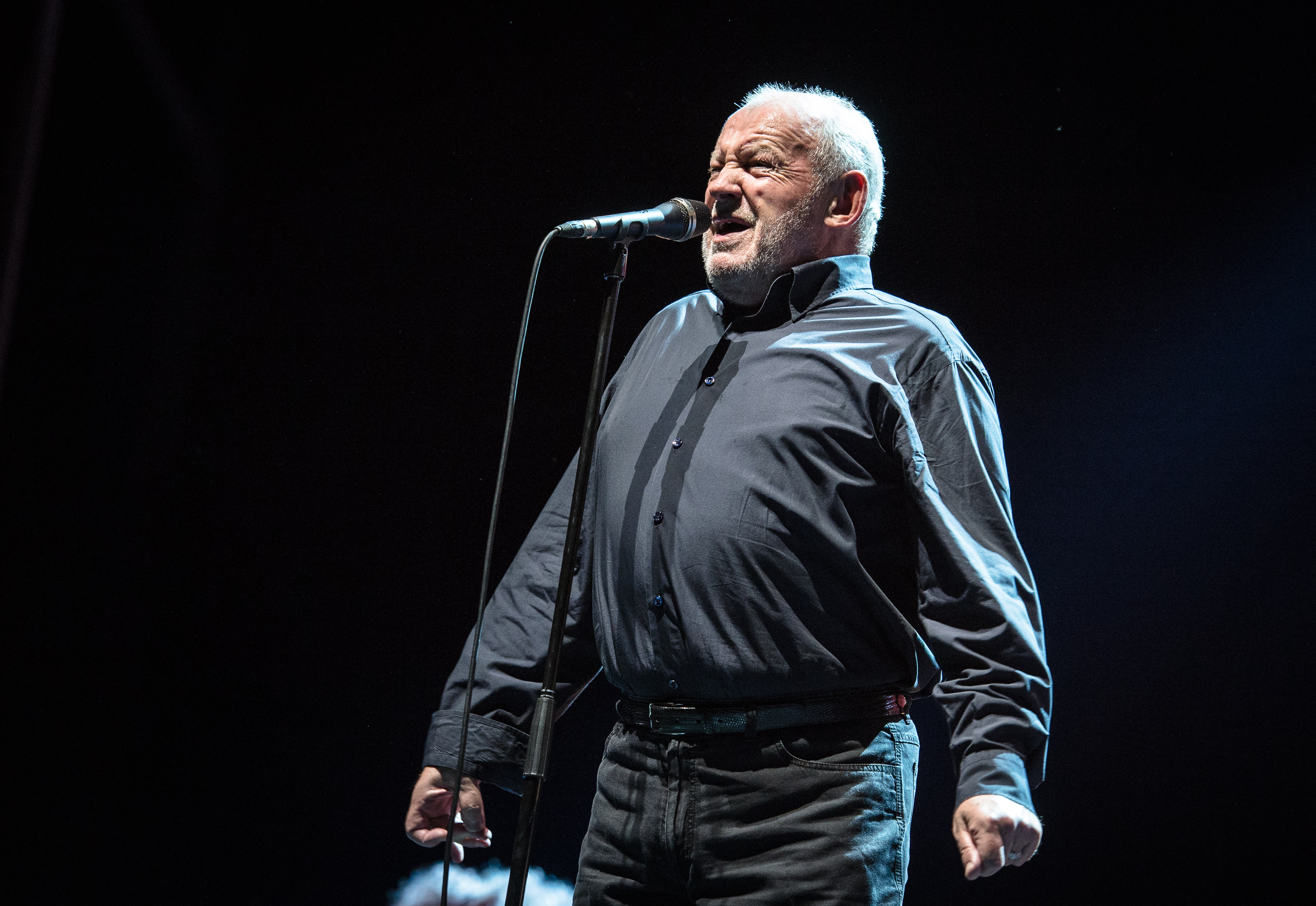 With Little Help From Its Friends Peace >> Joe Cocker Iconic Rock Singer Dead At 70 Rolling Stone