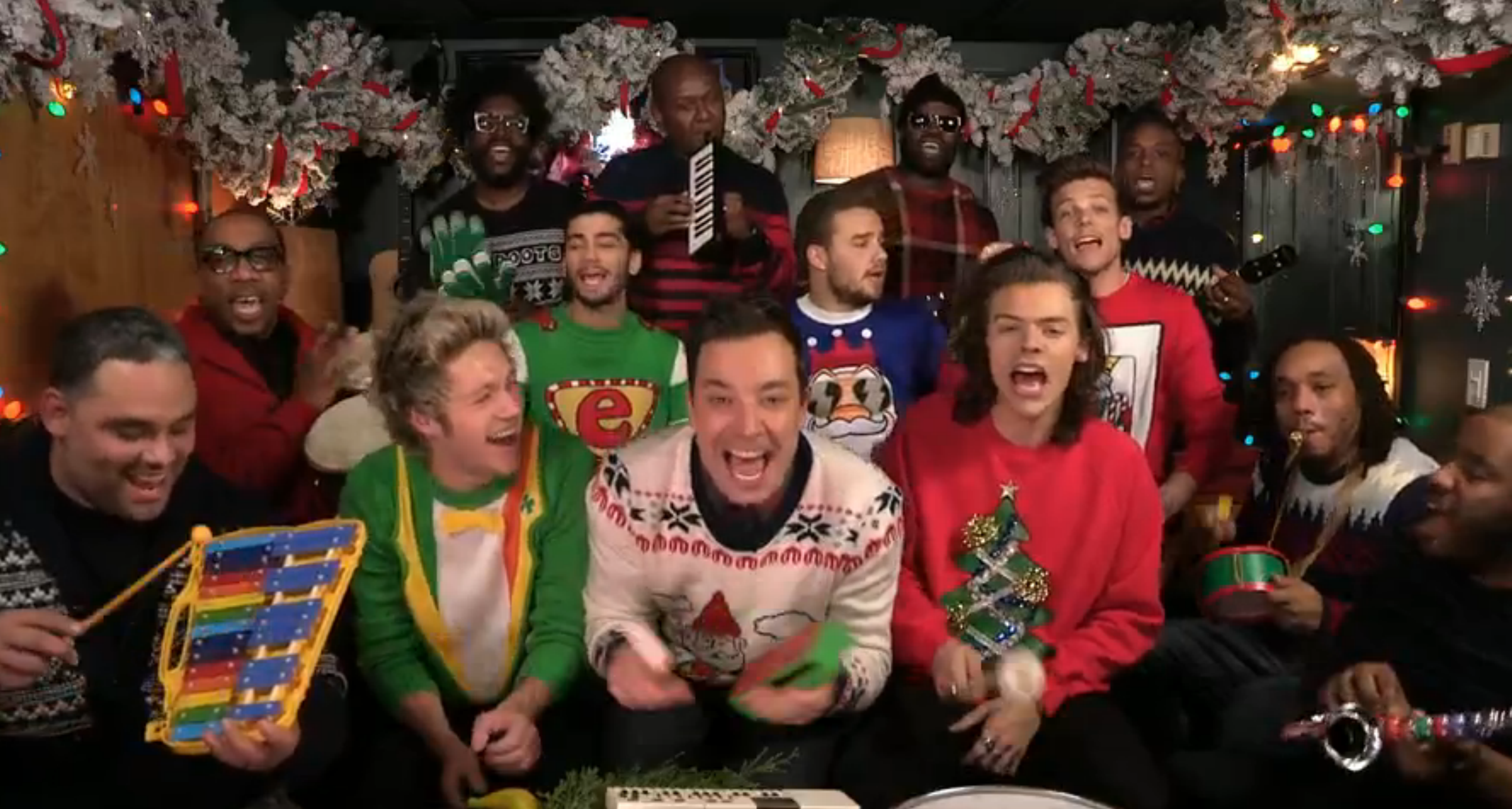 Watch One Direction, Jimmy Fallon, Roots Sing \'Santa Claus ...