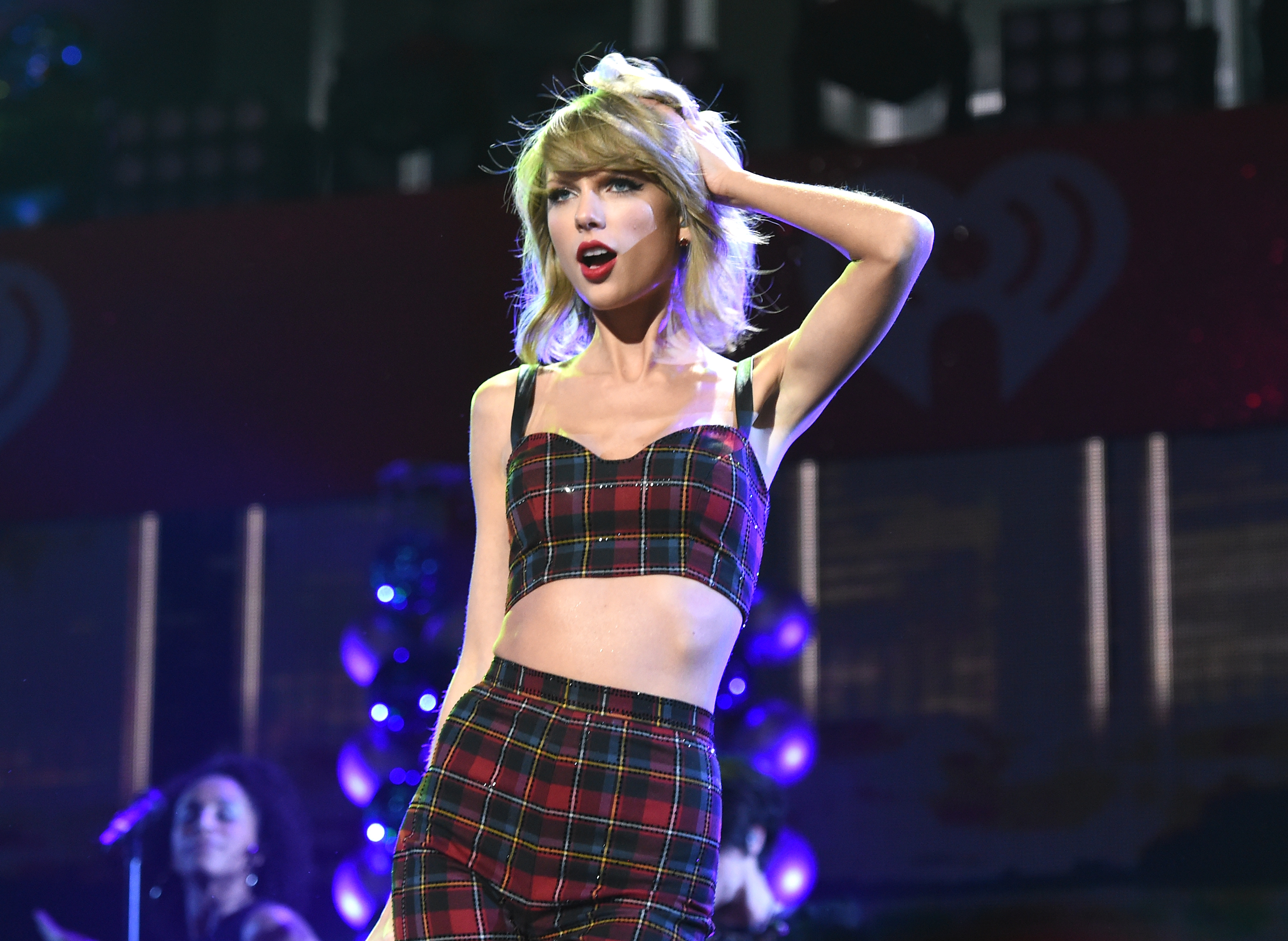On the Charts: There Is Taylor Swift and There Is Everybody Else