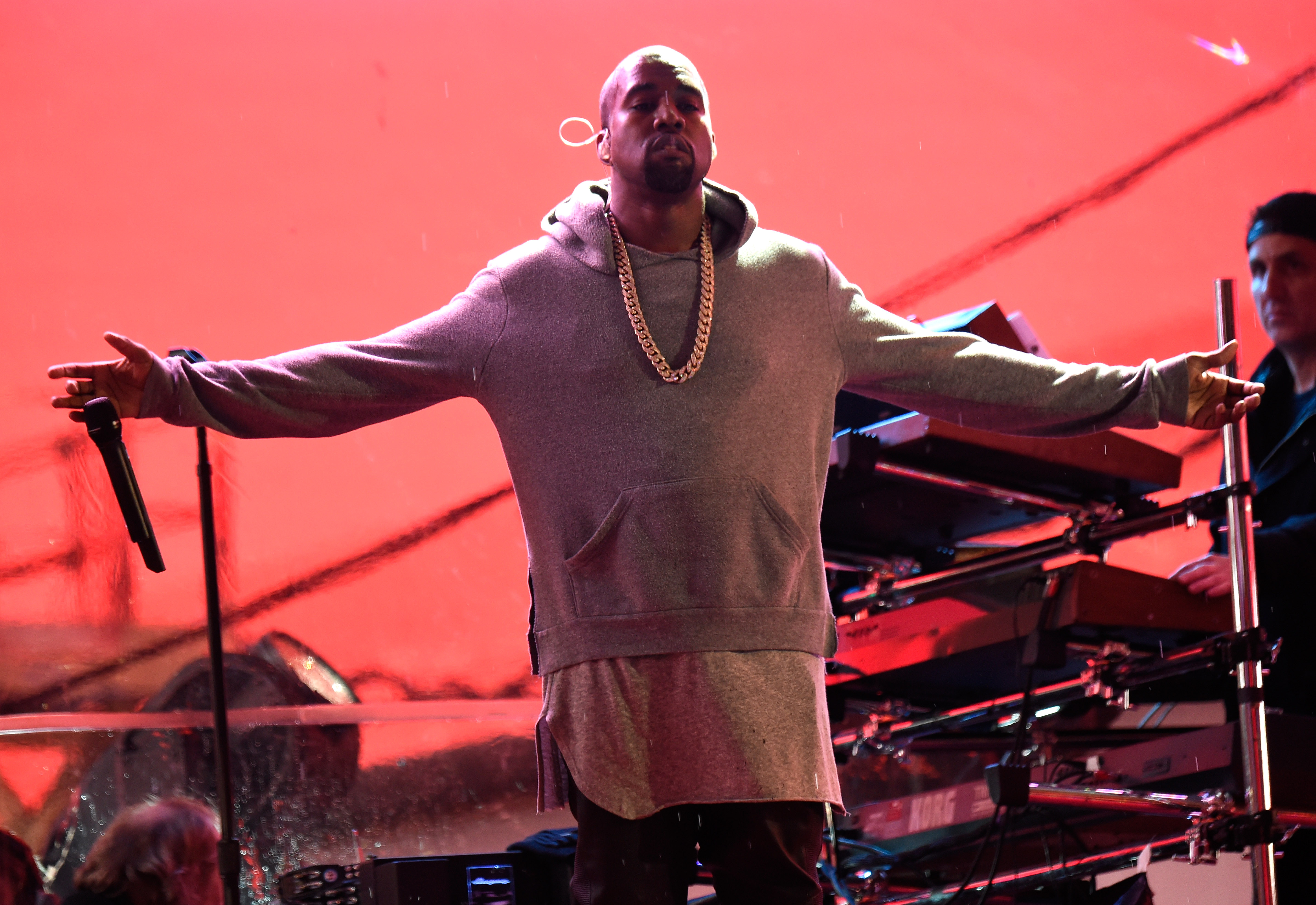 Follow Kanye on Twitter? Universal Wants to Make Money Off That