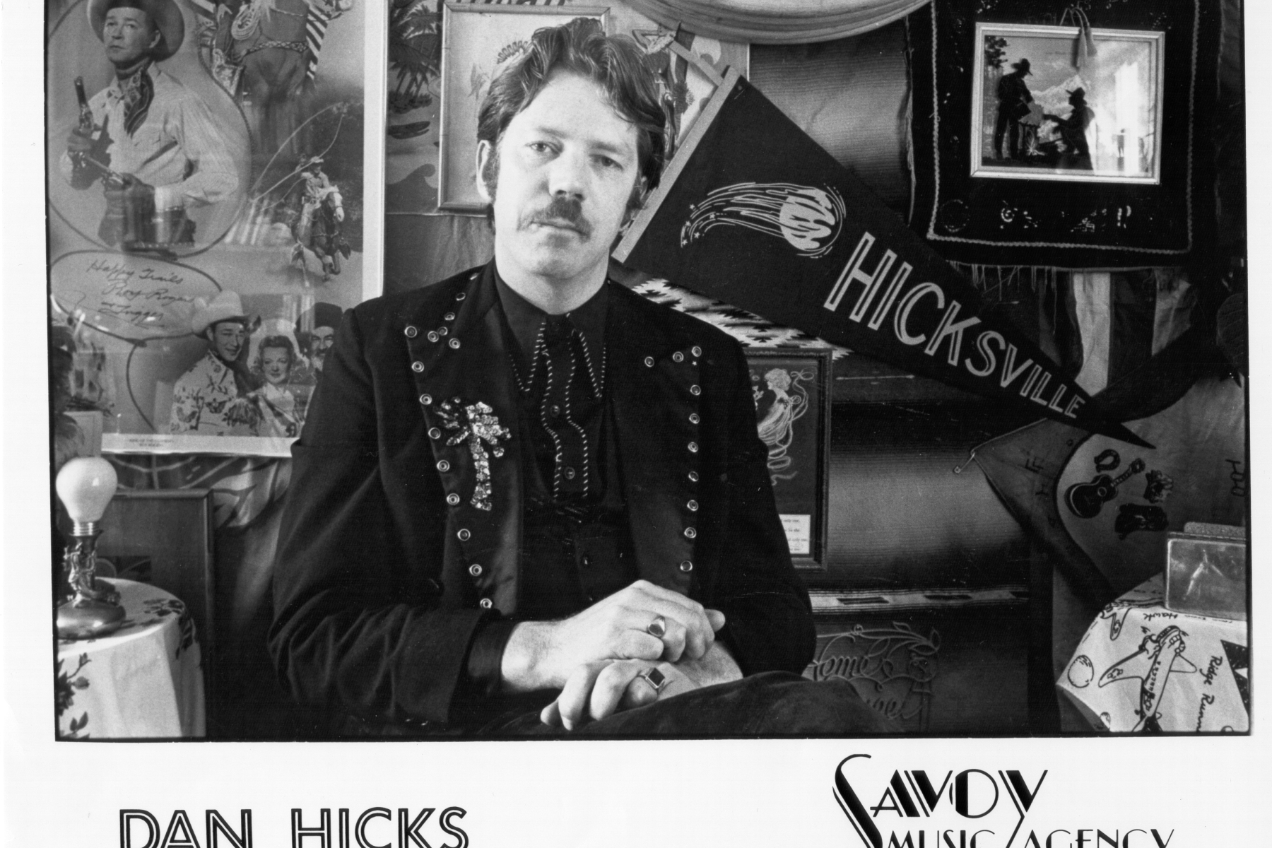 enigmas on thin ice: dan hicks breaks up his hot licks - rolling stone  rolling stone