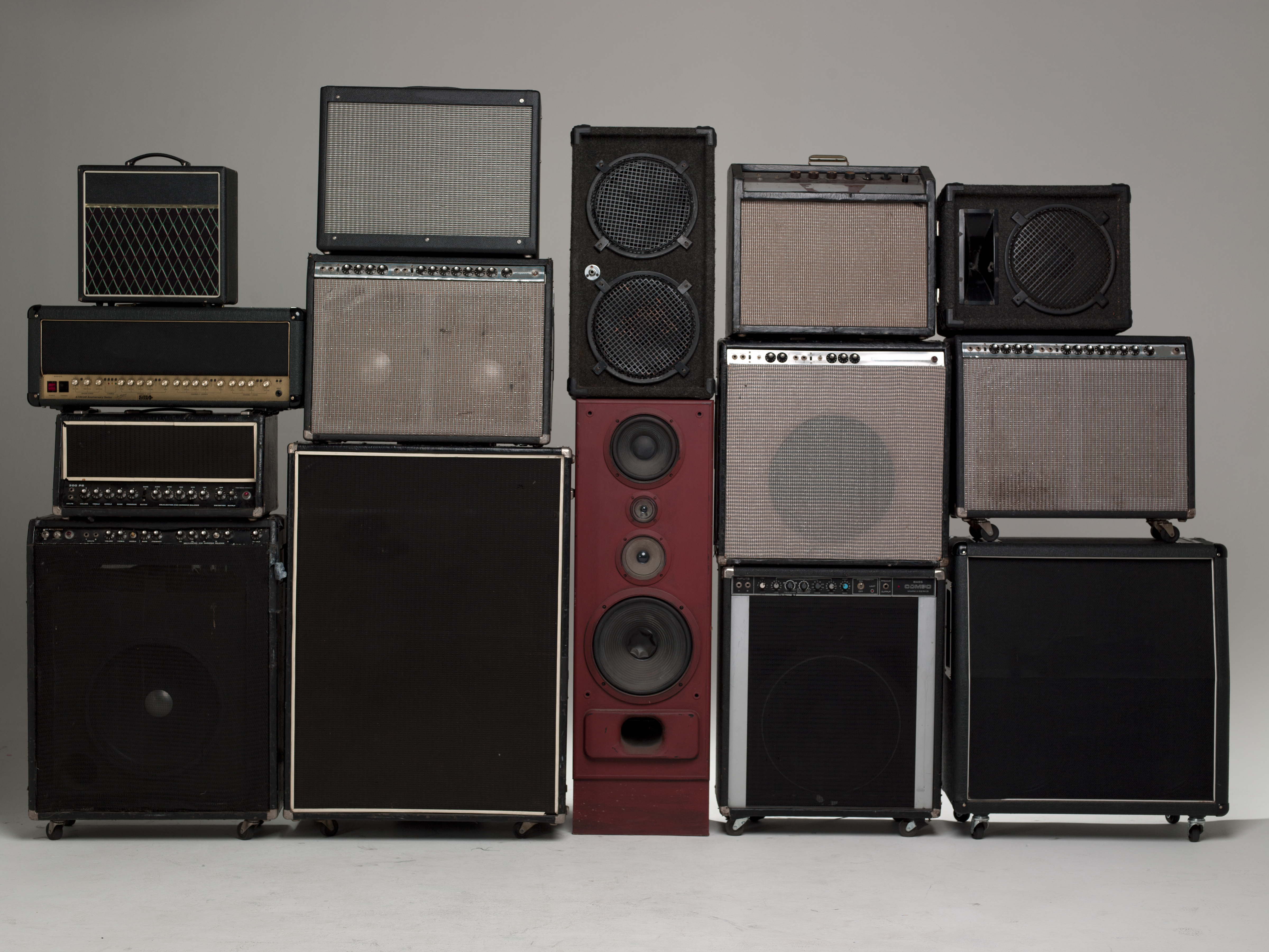 Hi Fi How Much Power Is Enough Rolling Stone 15 Volts Output Of Each Speaker 10 Watt With 4 Ohm Impedance