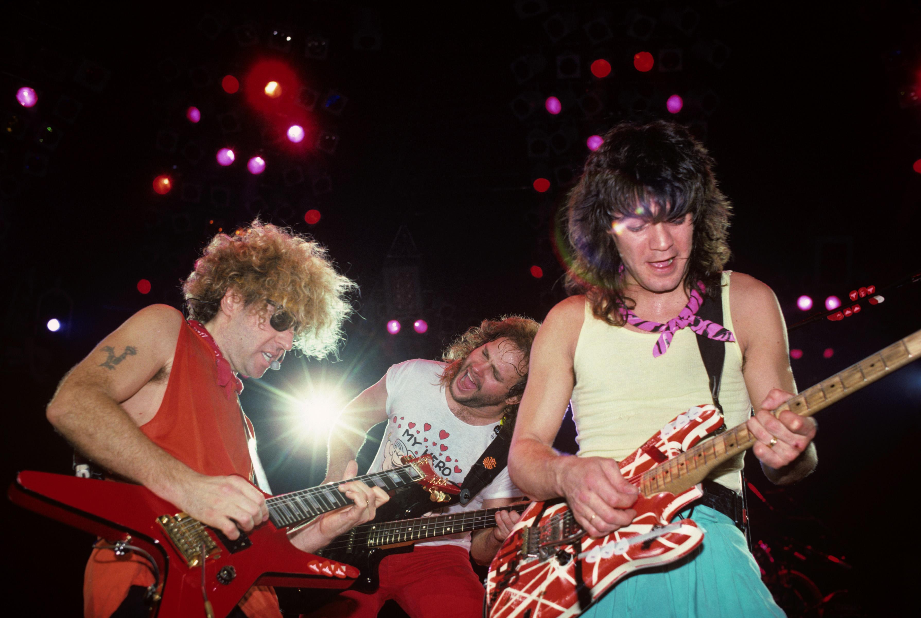 4fea0588 Van Halen, Sammy Hagar, Michael Anthony, Eddie Van Halen, Memphis Colliseum