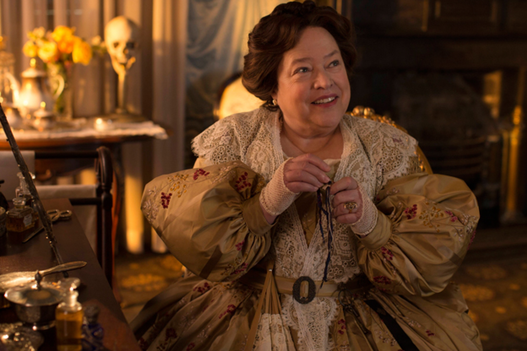 Kathy Bates Q&A: Madame LaLaurie on 'American Horror Story ...