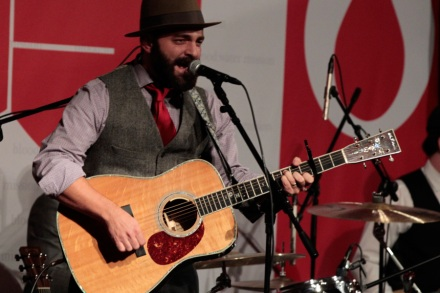 082655743839 Listen to Drew Holcomb and the Neighbors' new song 'Avalanche ...